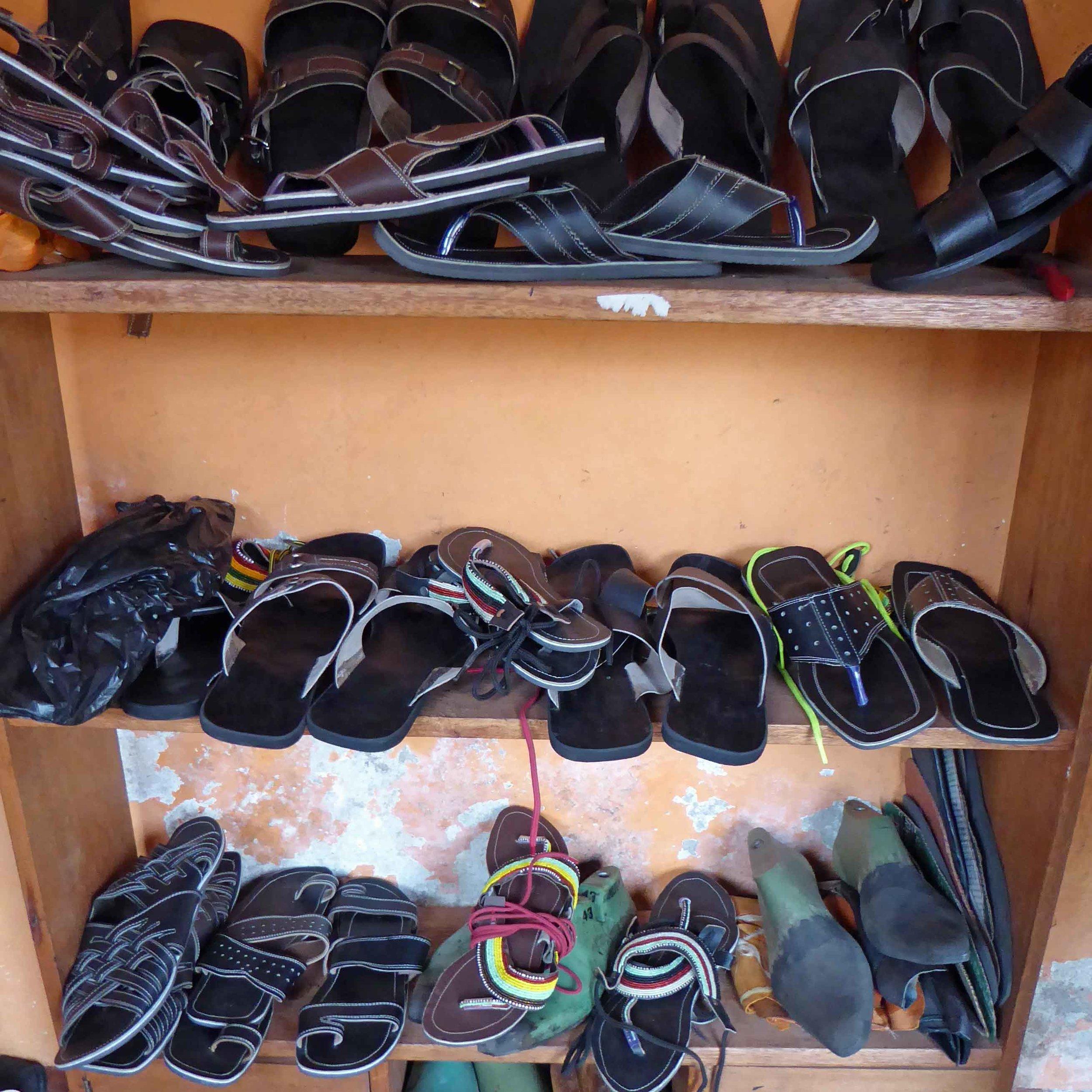 4x4-Kivu-Leather-1.jpg