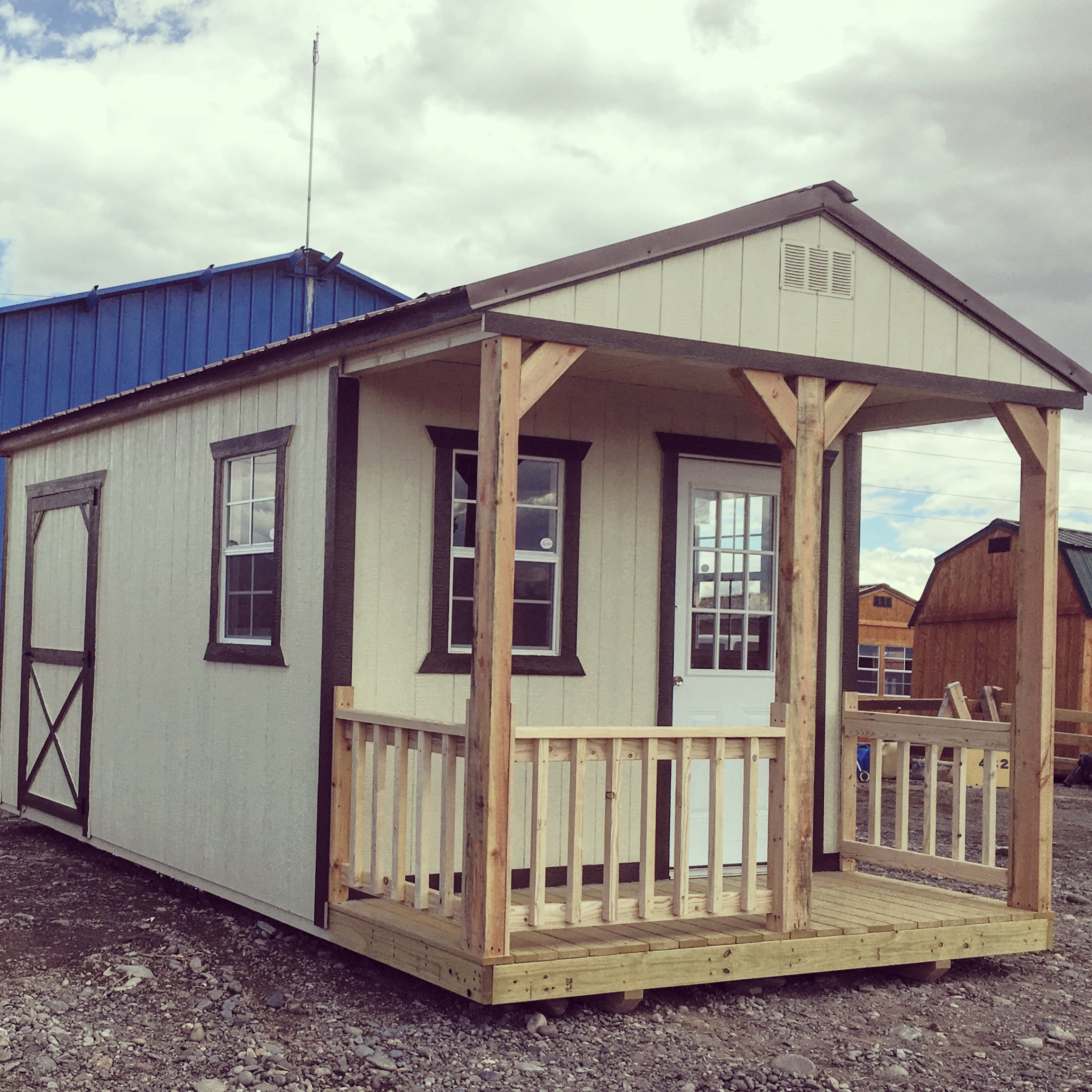 Painted Cabin - Vegas Sheds