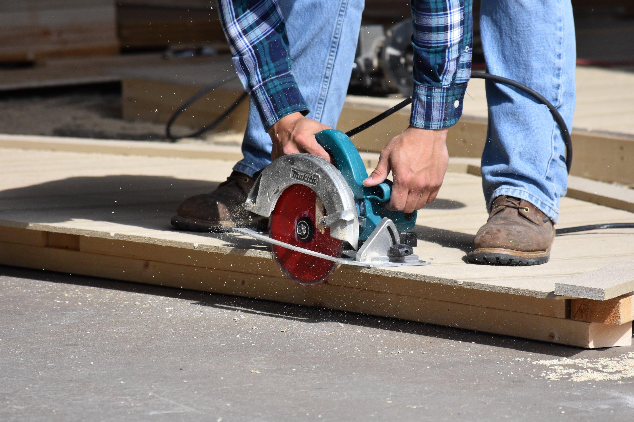 Vegas Sheds - Craftsman building walls
