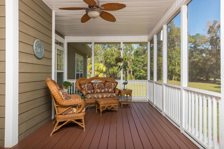 11 Porch.jpg