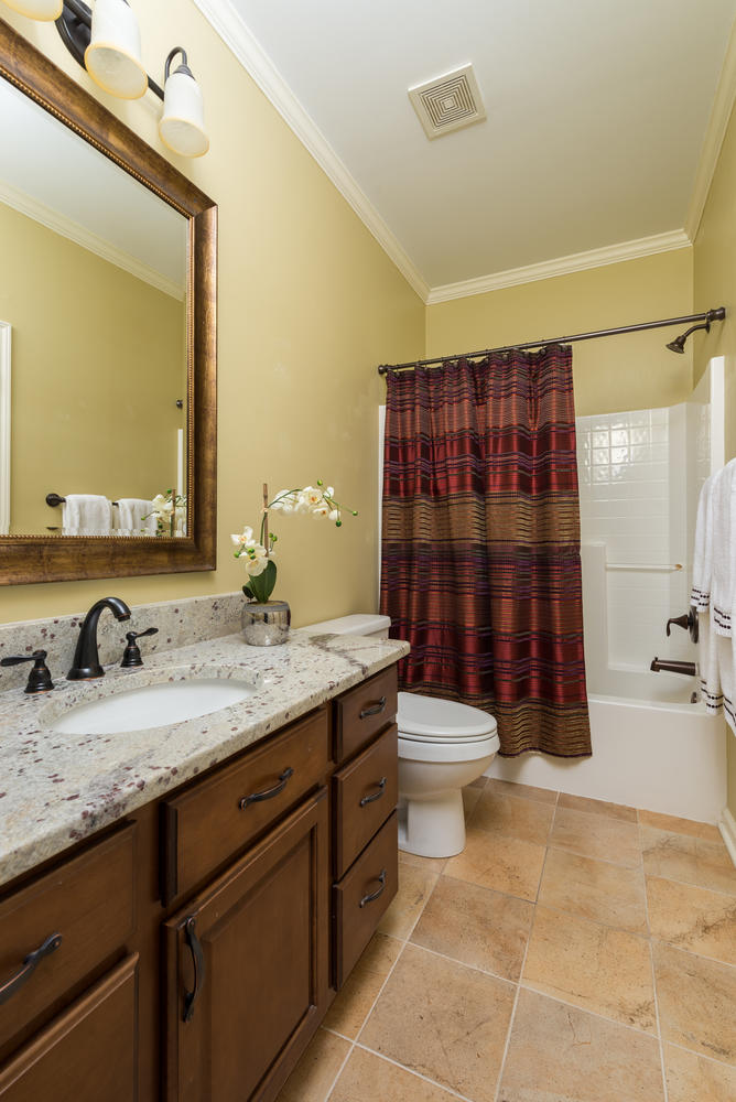 20 Hall Bath.jpg