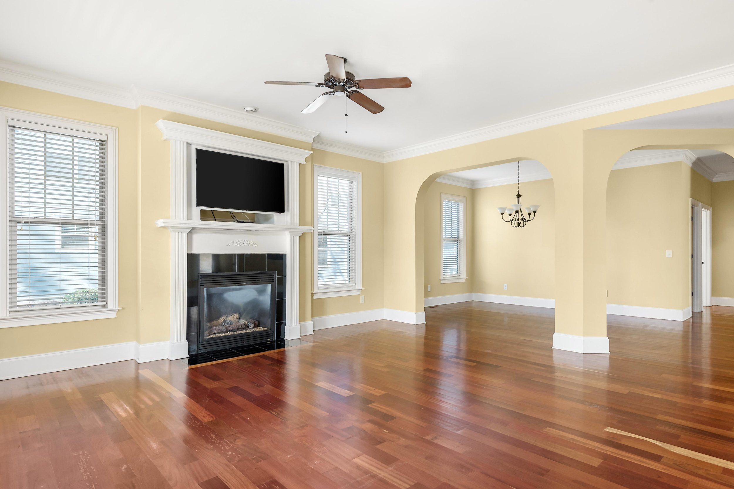c2 Living Room (1).jpg