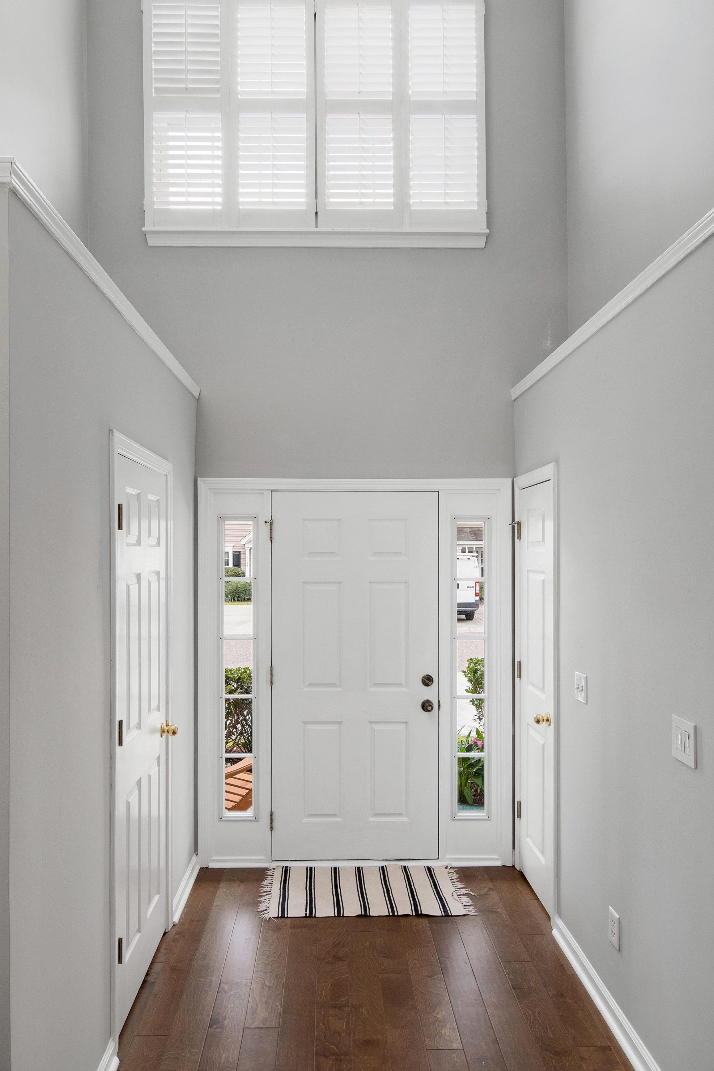 3 Foyer.jpg