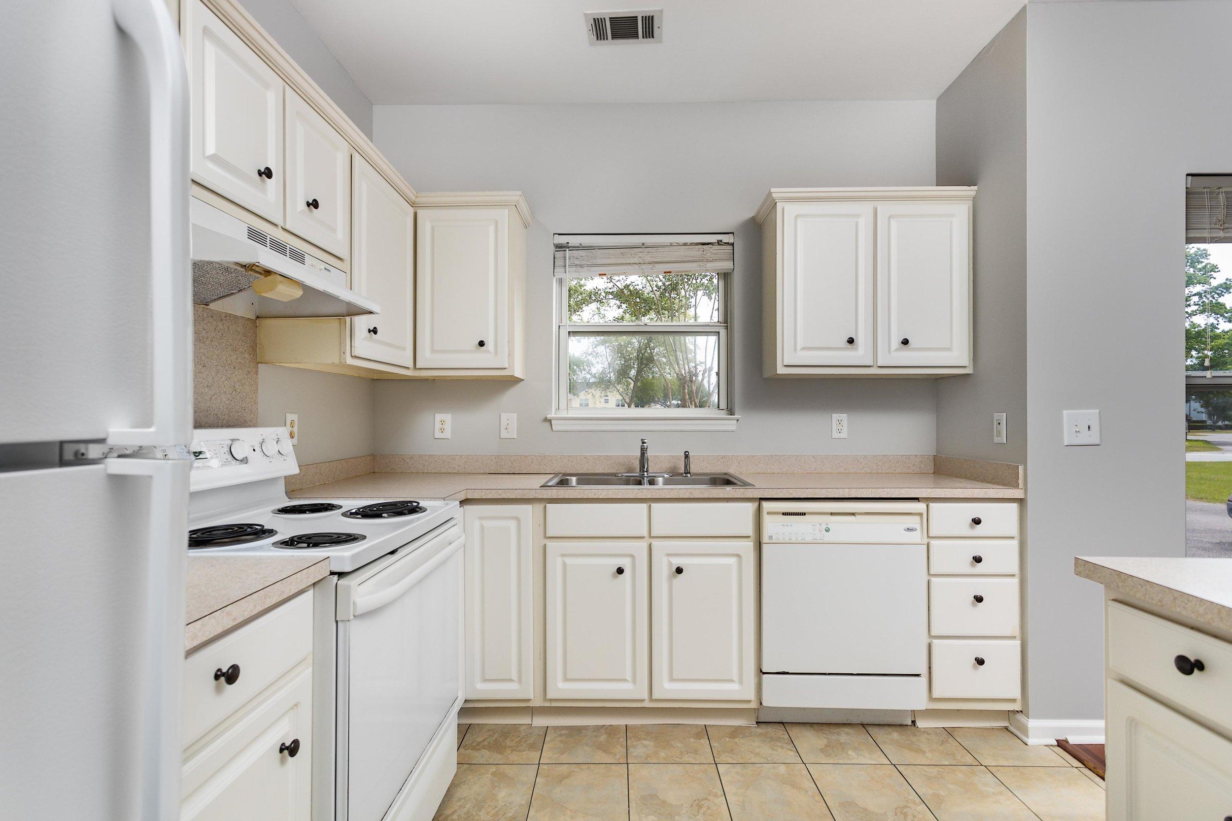 d2 Kitchen.jpg