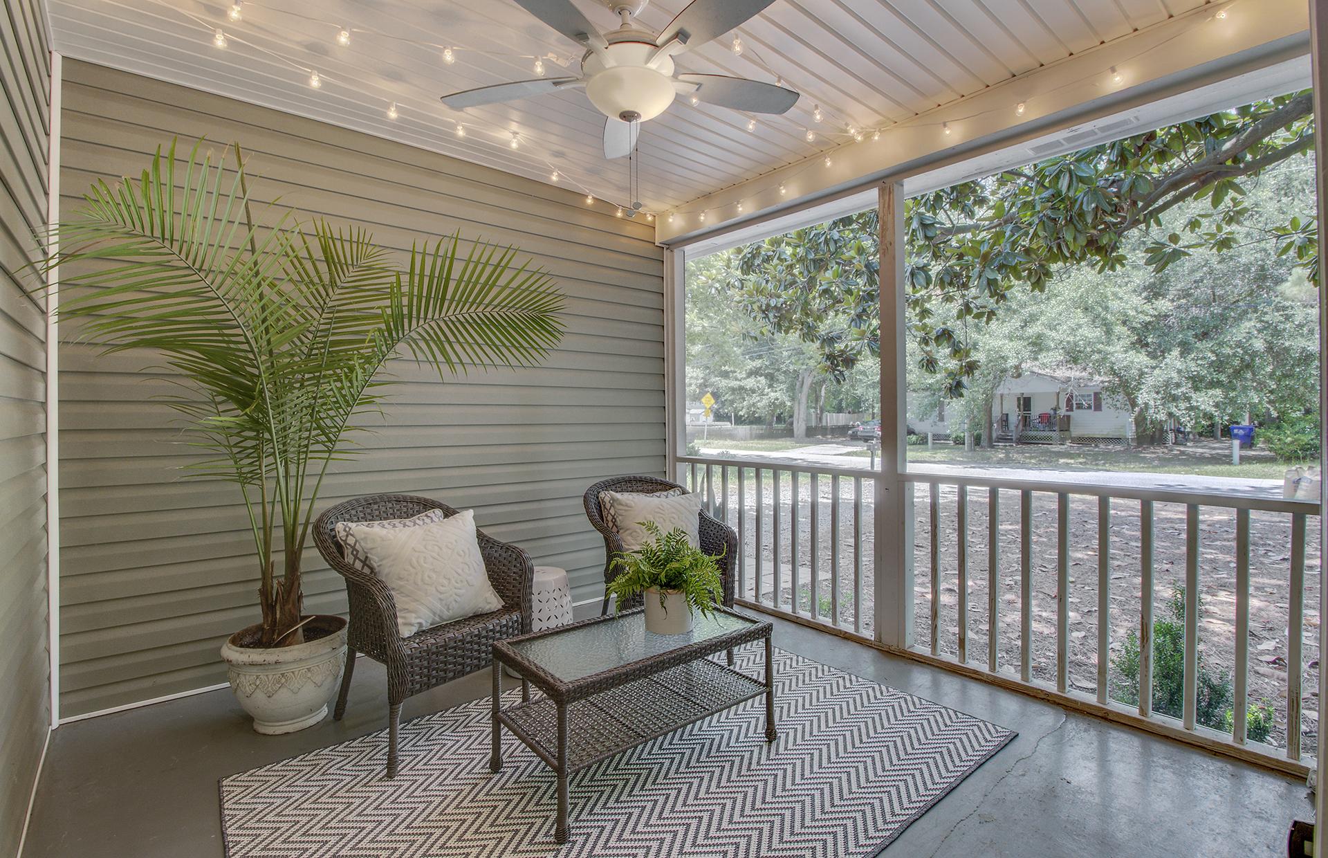 6 Porch.jpg