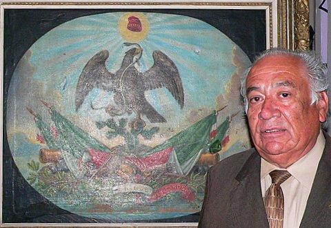 Don Felipe Talavera in front of Escudo Mexicano by LT