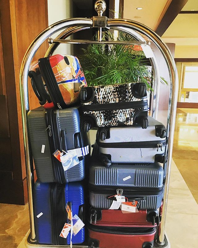 First rule of international travel: always pack light! 😂 #yesthatsours #aruba #incentivetravel #meetingplannerlife