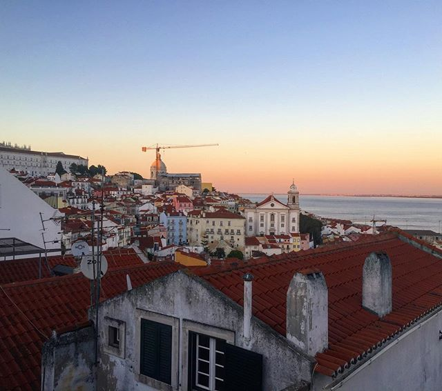 Remember when I said I might stop posting shortly after I start? Well, that's happening now. Follow @i_lombardo if you want to see what I'm up to! ✌️ #portugal #lisboa