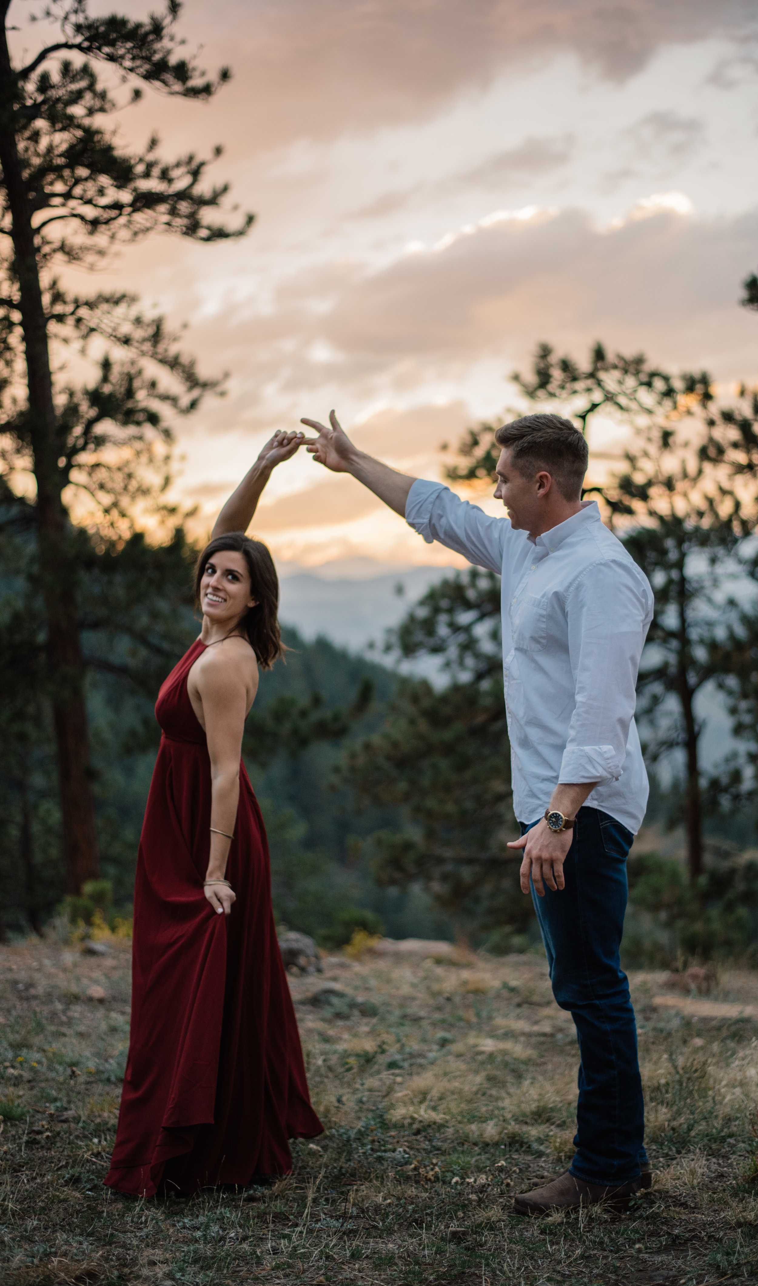 Colorado elopement photographer. Denver wedding photographer. Mountain elopement photographer.