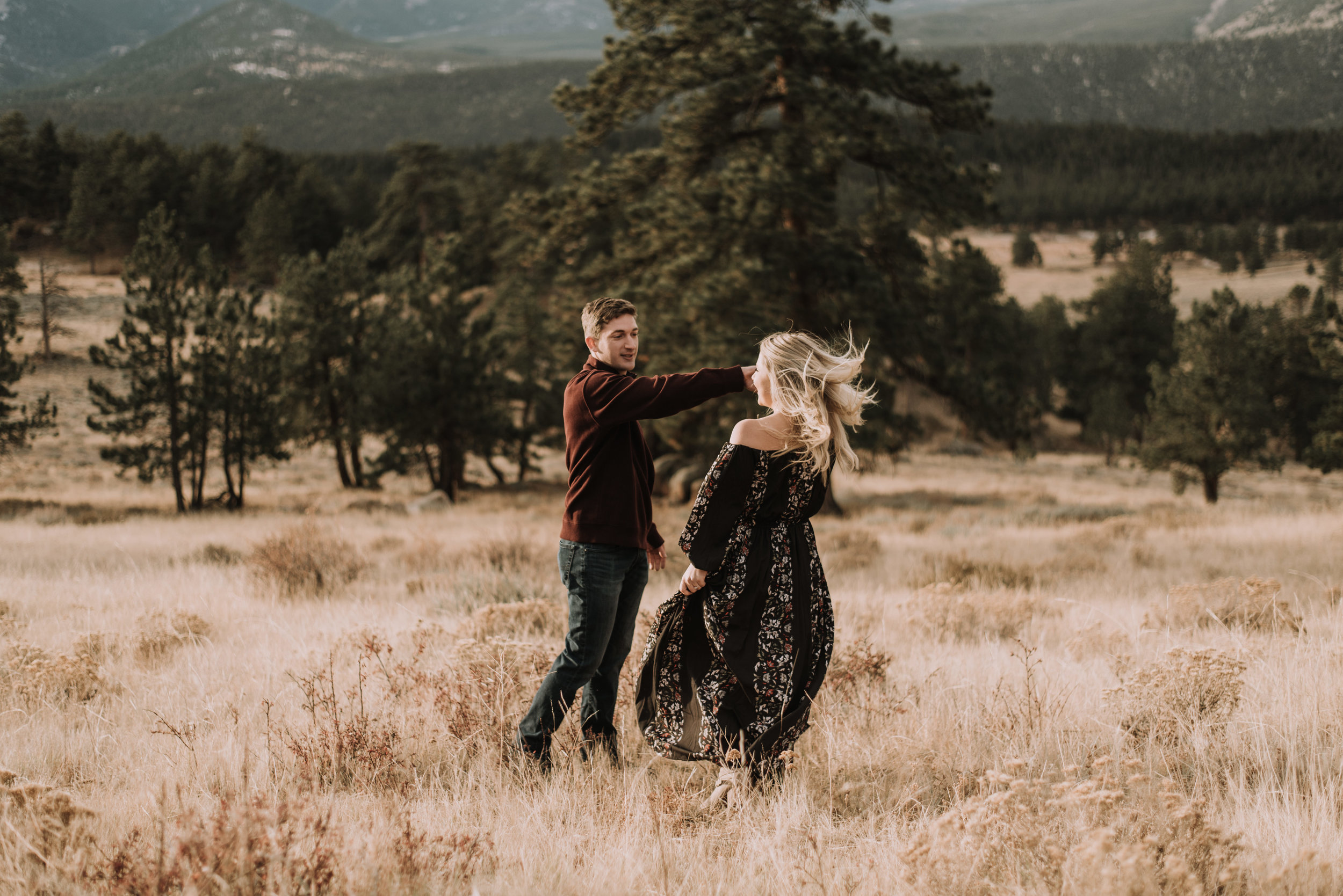 Intimate mountain wedding in Rocky Mountain National Park