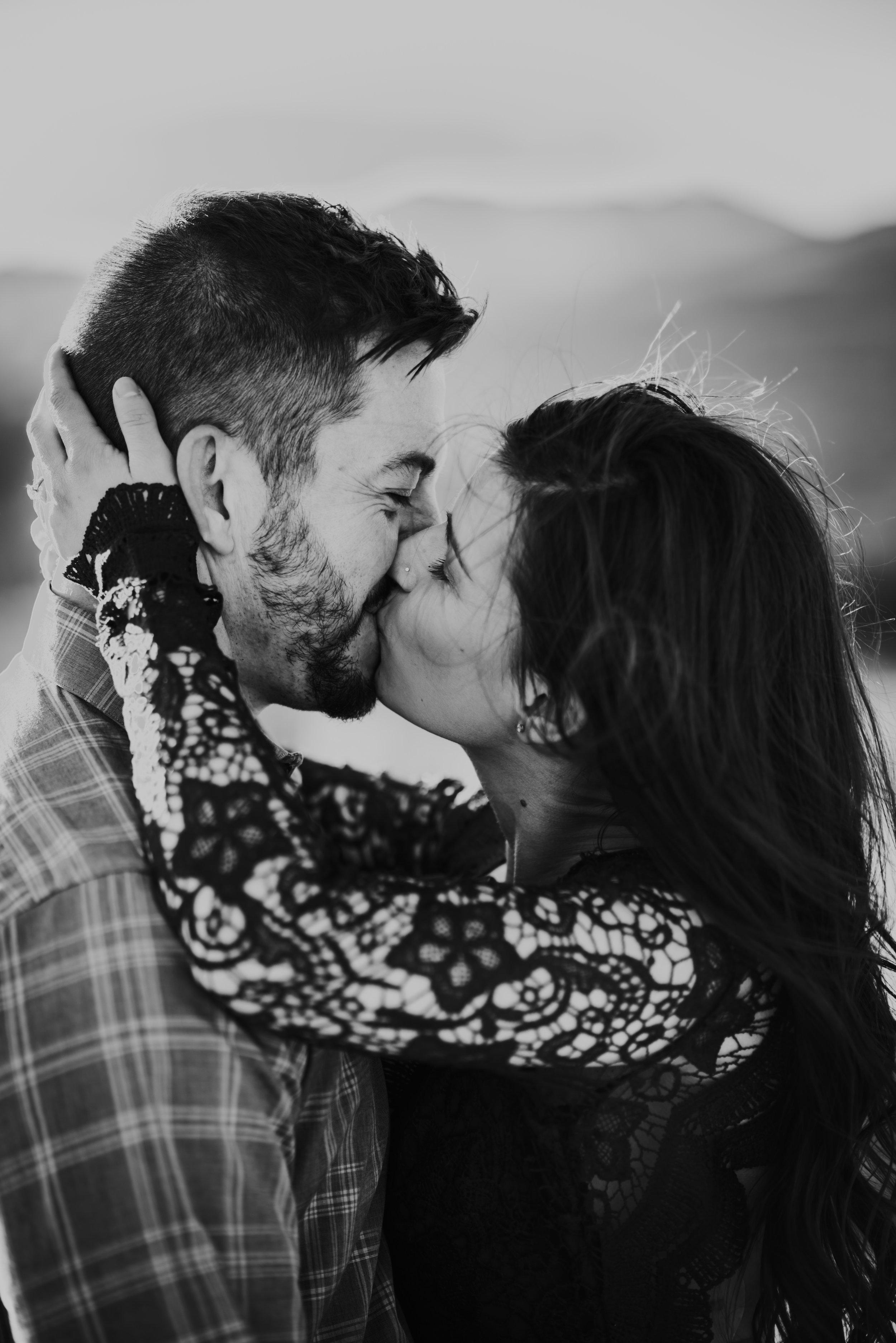 Rocky Mountain National Park elopement photographer
