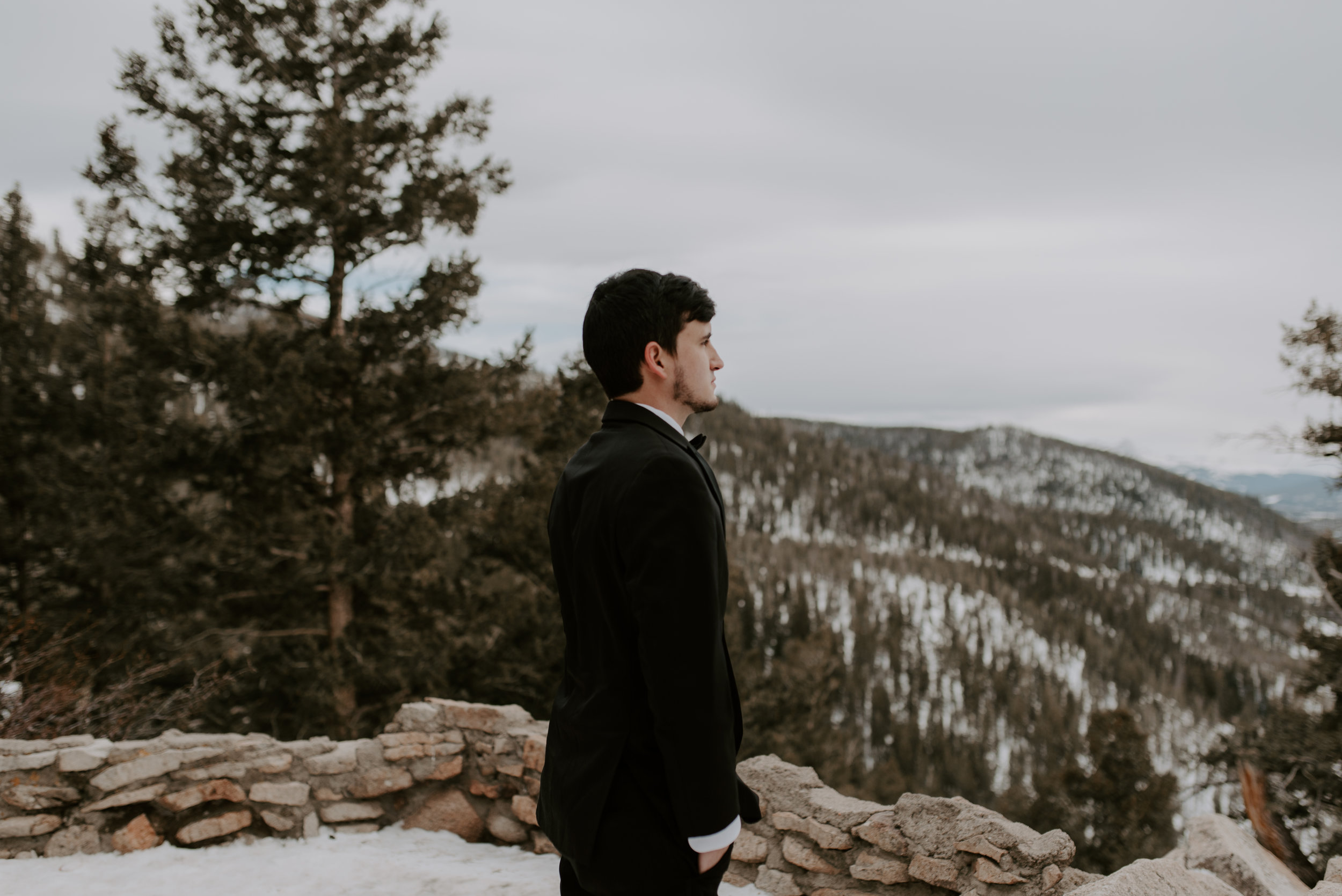 First look at Sapphire Point. Colorado elopement photographer. Sapphire Point winter elopement.