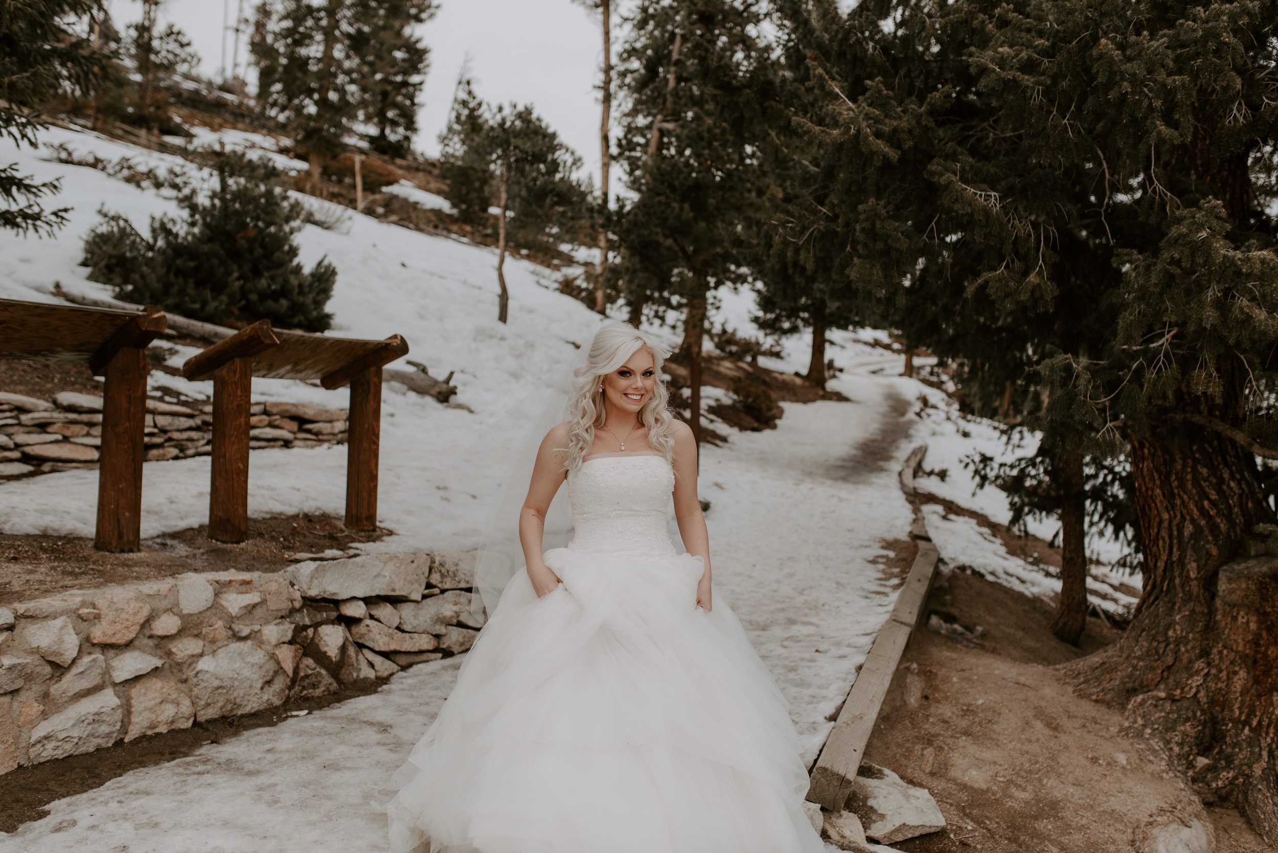 Colorado elopement photographer, first look at Sapphire Point in Dillon, CO.