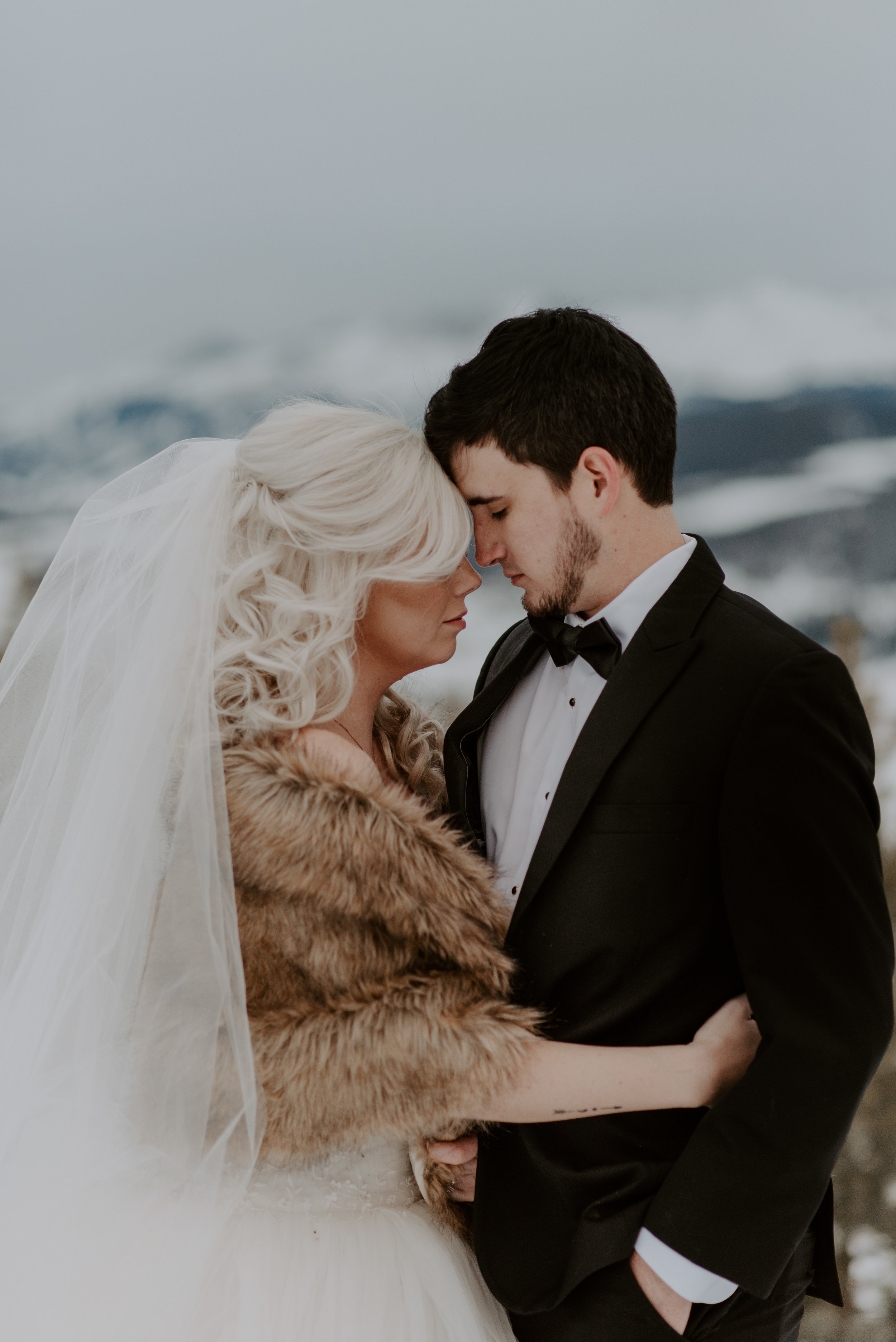 Colorado Sapphire Point wedding and elopement photographer.