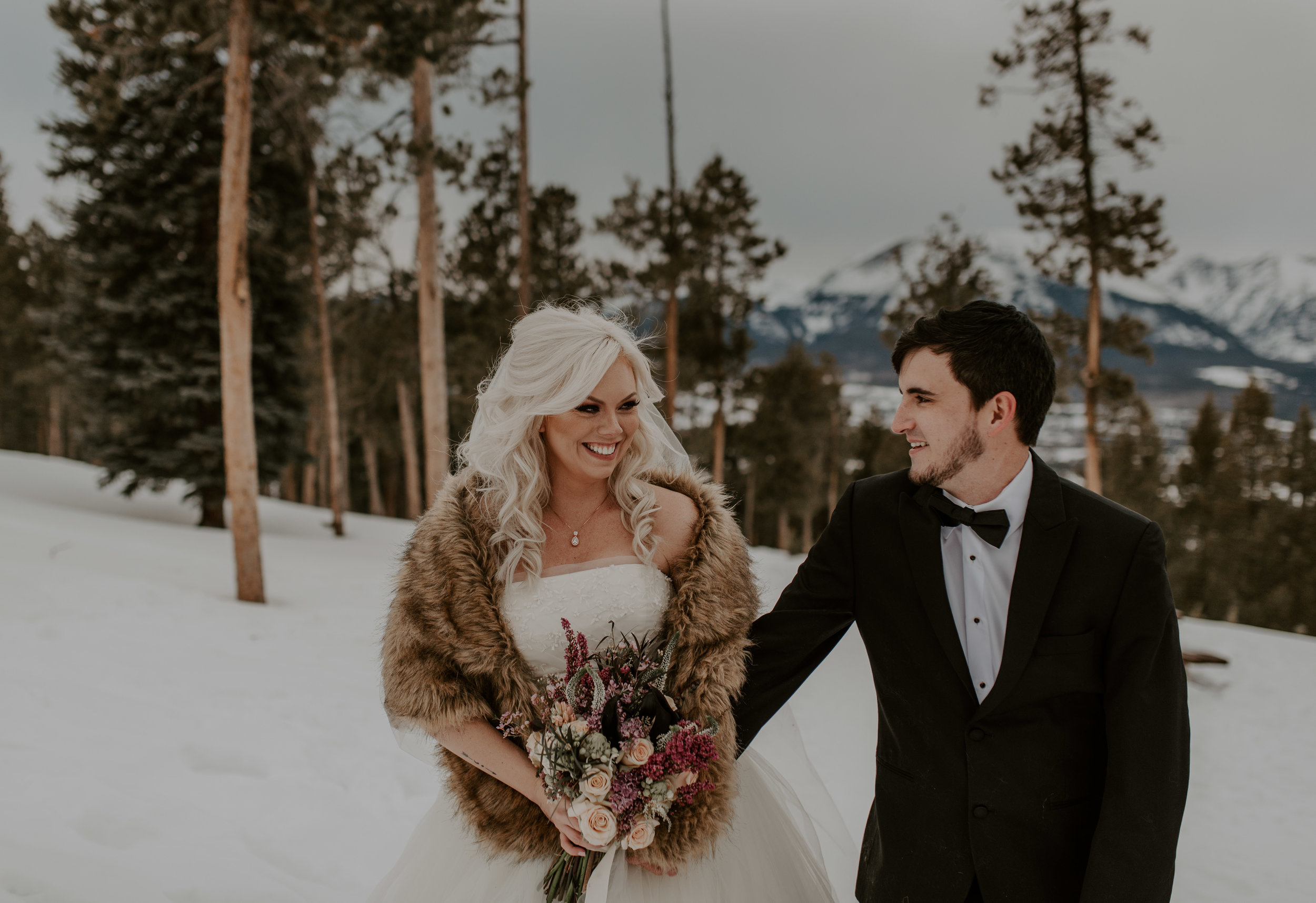 Mountain wedding at Sapphire Point in Dillon, Colorado. Denver elopement and wedding photography.