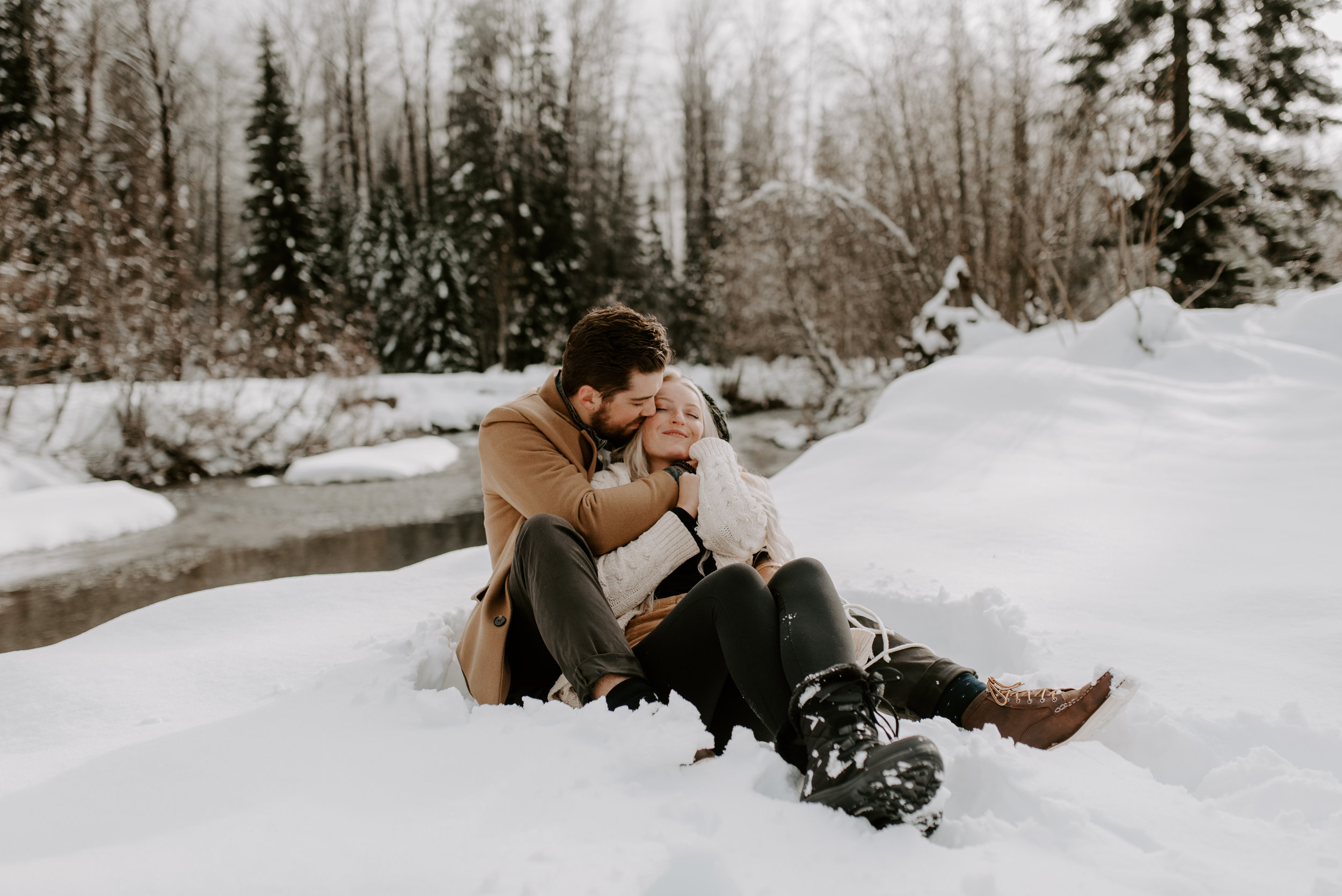 North Cascades engagement session in Washington. PNW elopements and weddings.