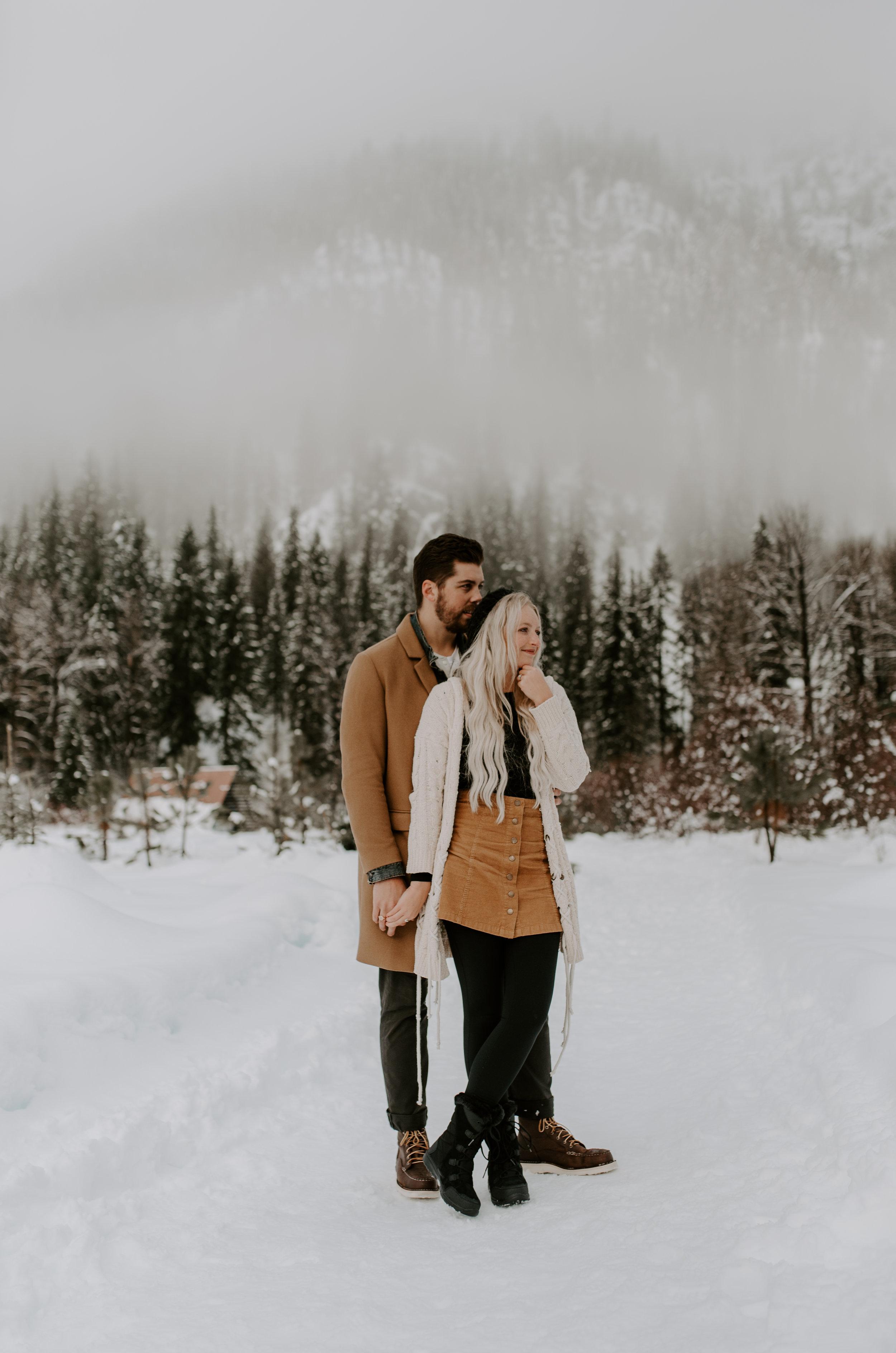 Wedding & elopement photography in Leavenworth, Washington.