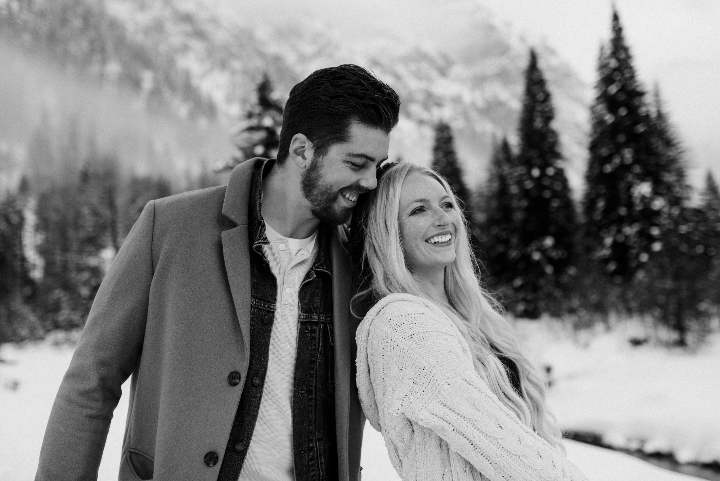 North Cascades engagement in Washington. PNW engagement and elopement photographer.