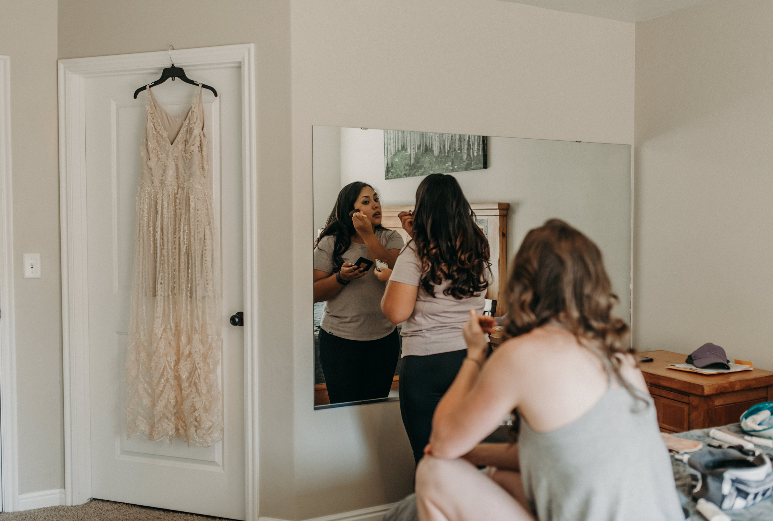 Moab intimate wedding and elopement photography