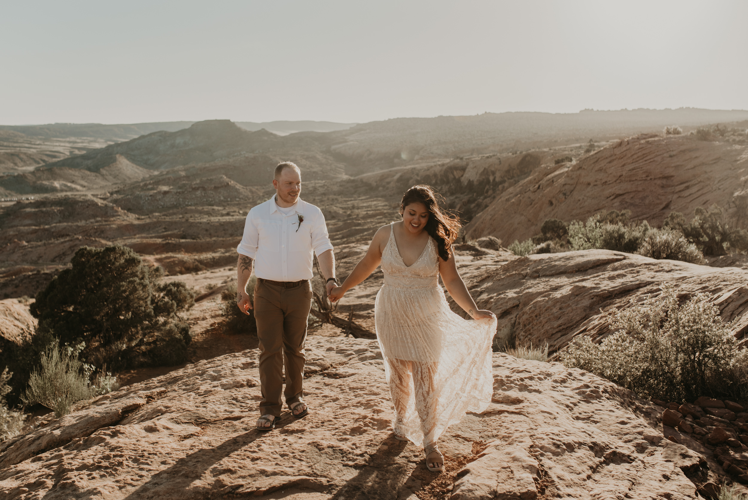 Delicate Arch desert elopement