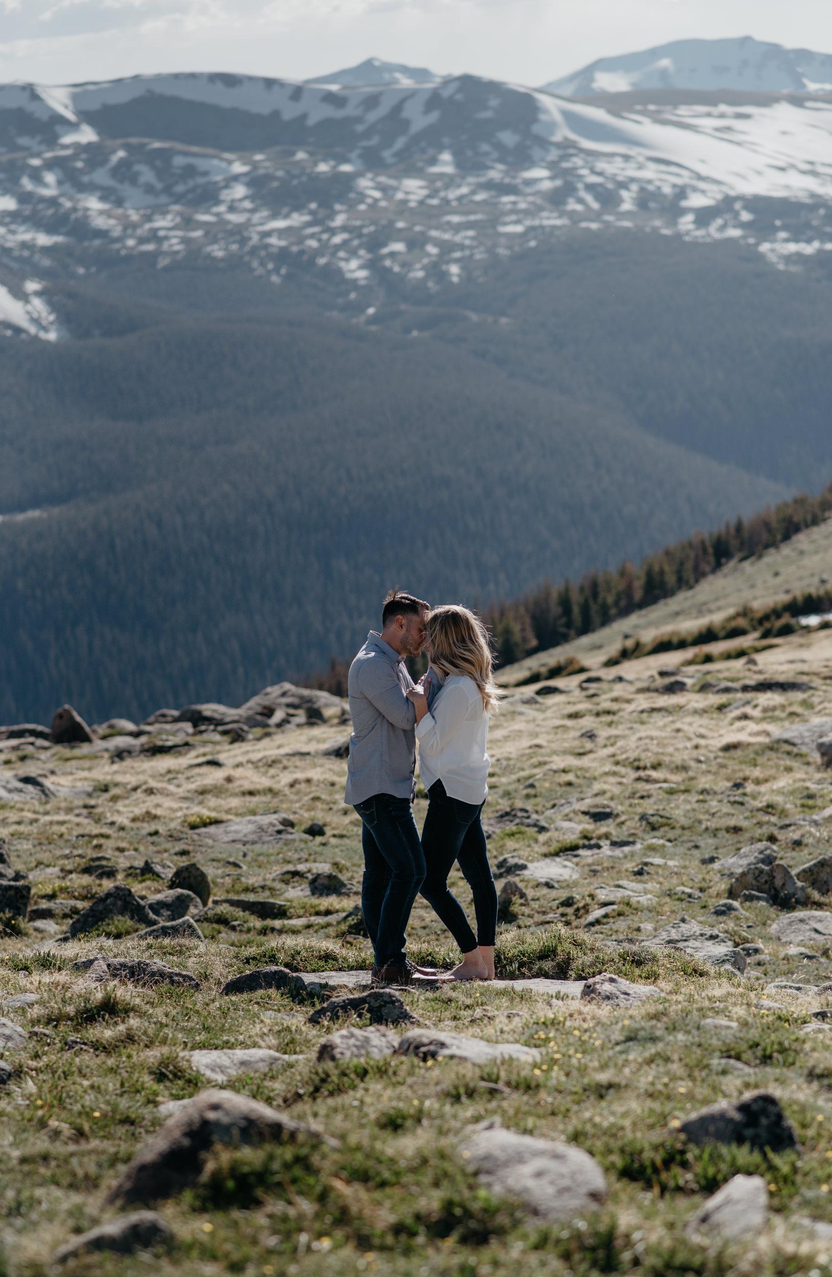 Colorado engagement session photographer. Trail Ridge Road engagement session