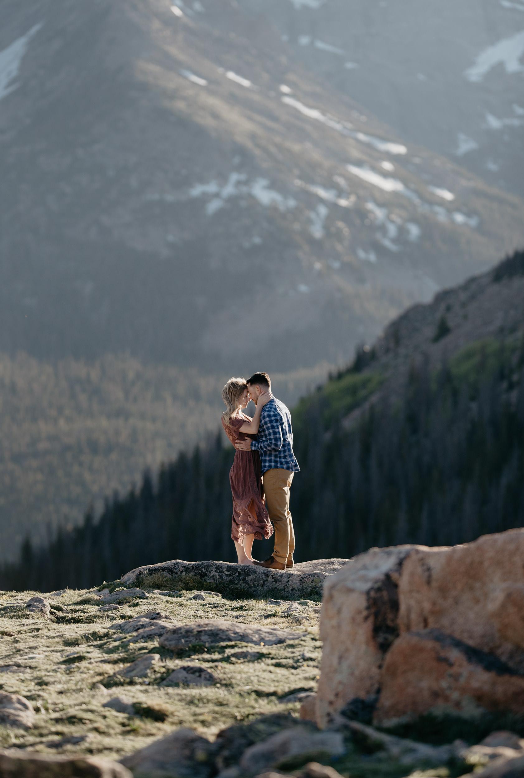 Mountain elopement photos in Colorado