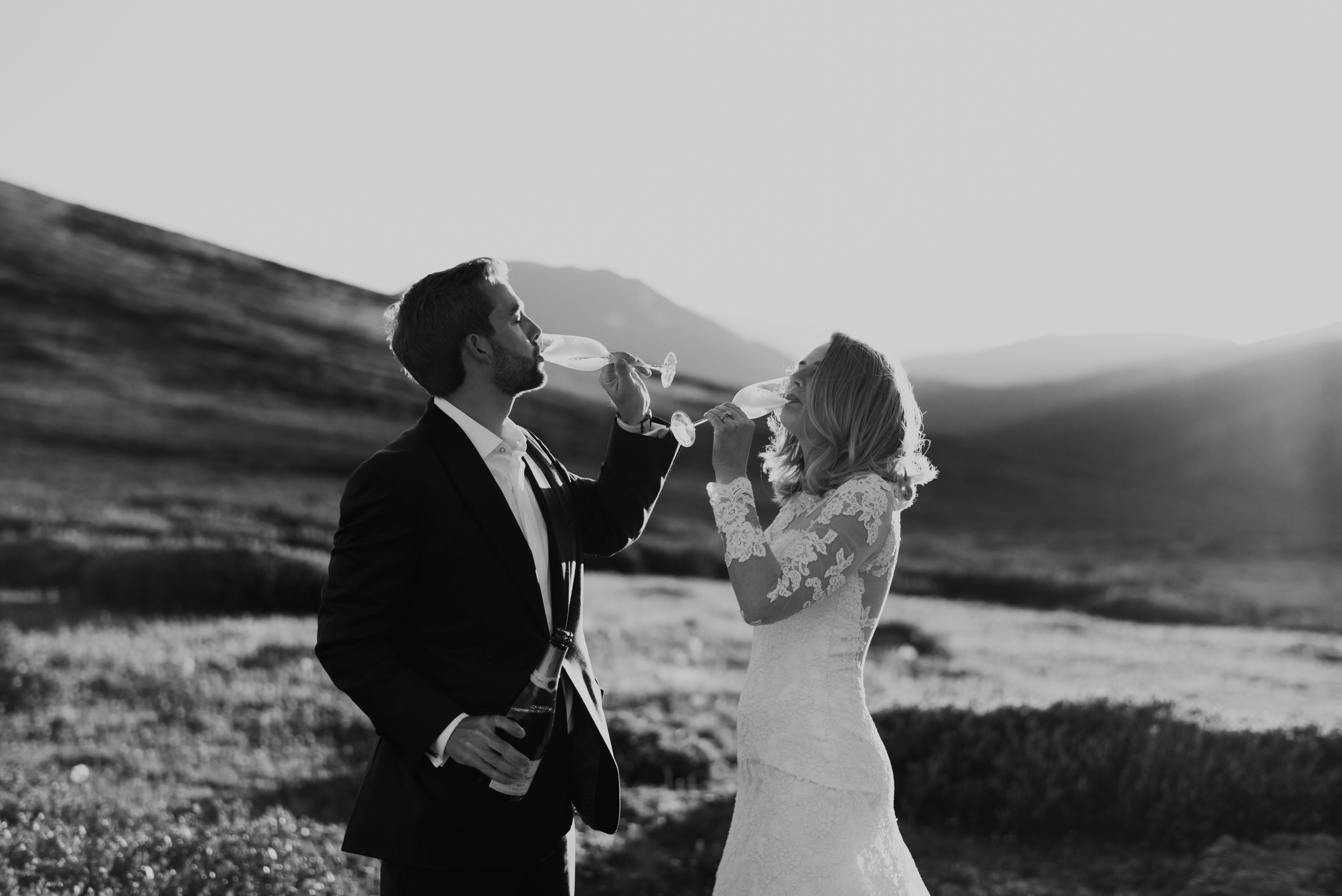 Independence Pass elopement in Colorado. Aspen elopement and wedding photographer.