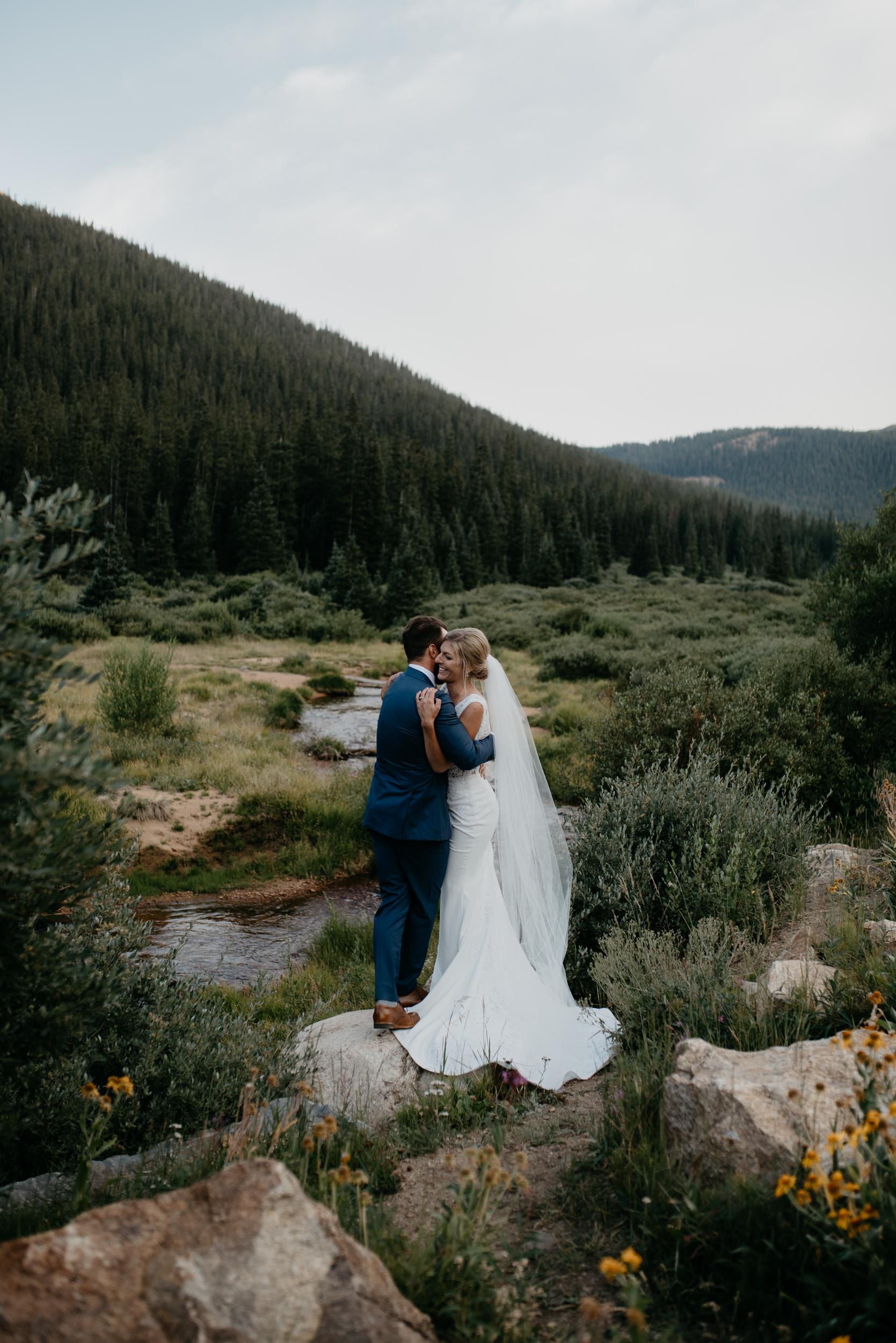 Photos by Alyssa Reinhold of a Guanella Pass elopement in Colorado.