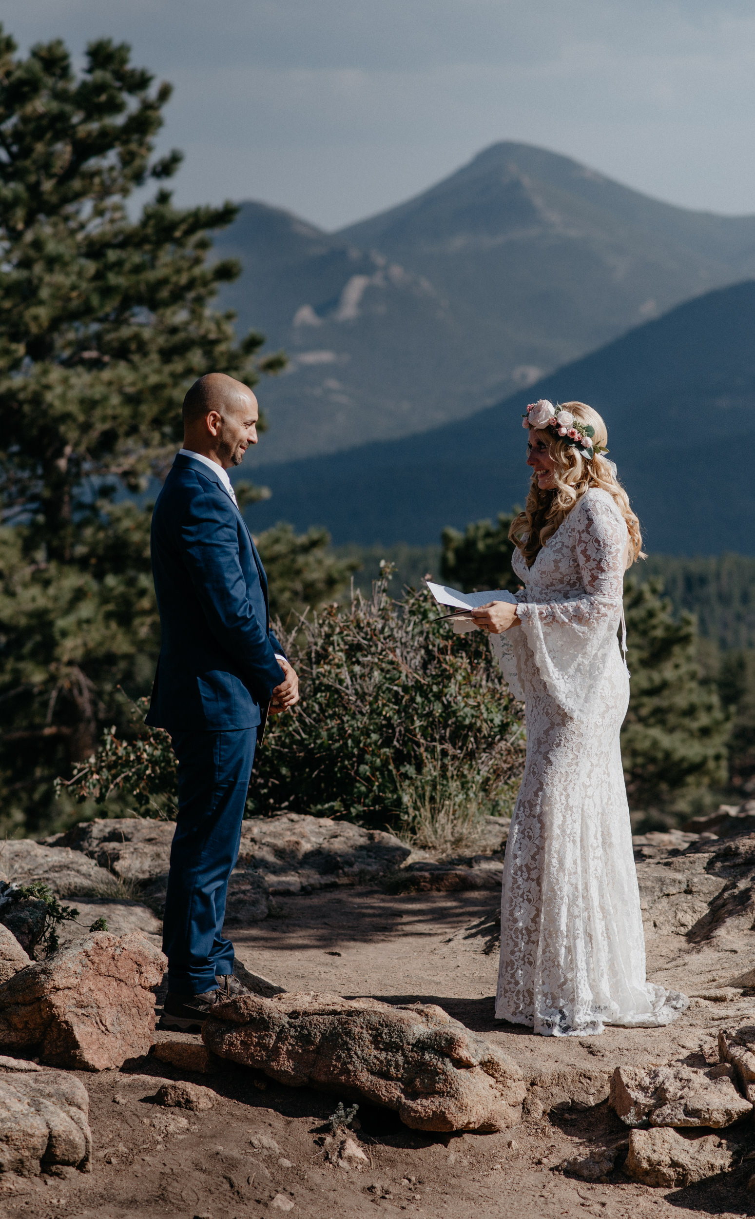 Colorado elopement and wedding photographer for laid back couples. Adventure elopement in Rocky Mountain National Park at 3M curve.