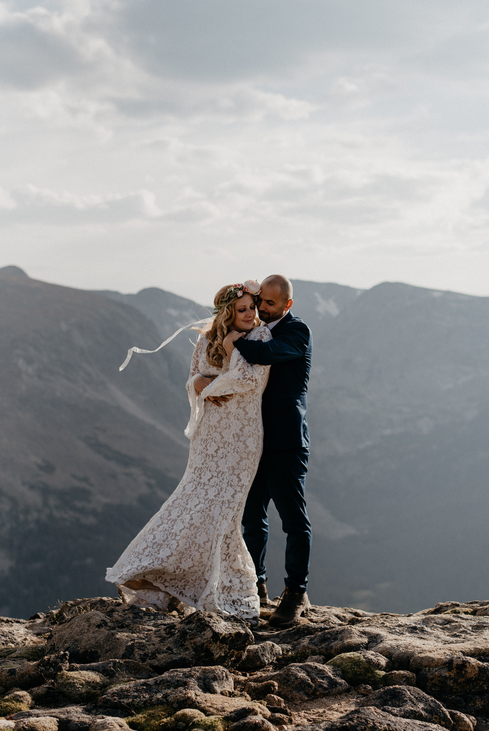 RMNP elopement at Trail Ridge Road. Colorado wedding photographer.