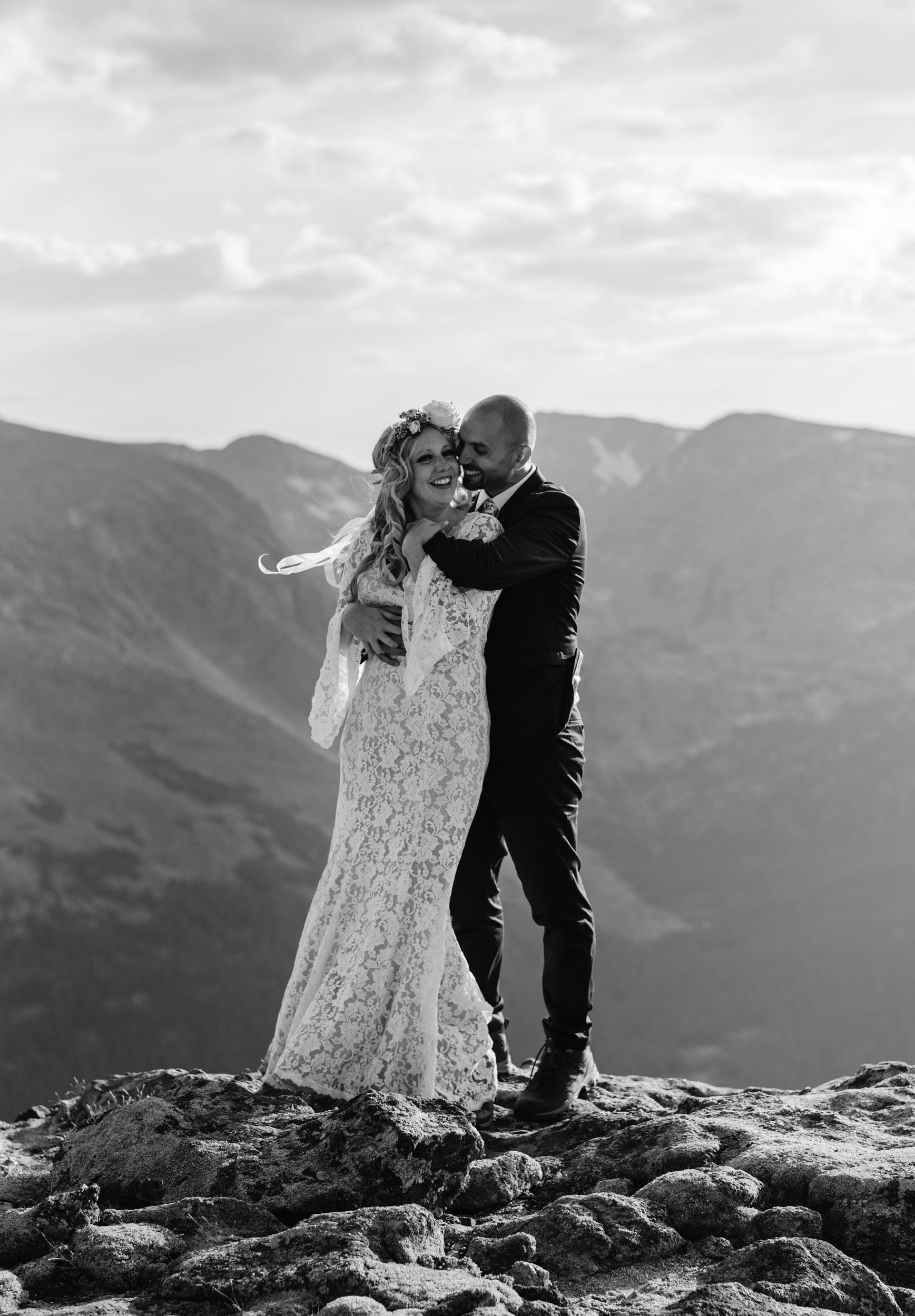 Colorado mountain wedding in Rocky Mountain National Park. Colorado adventure elopements.