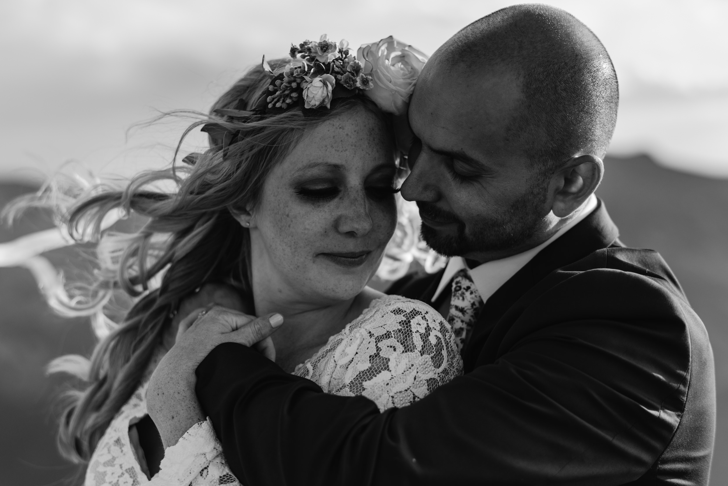 Colorado elopements and weddings for laid back couples. Mountain wedding photographer.