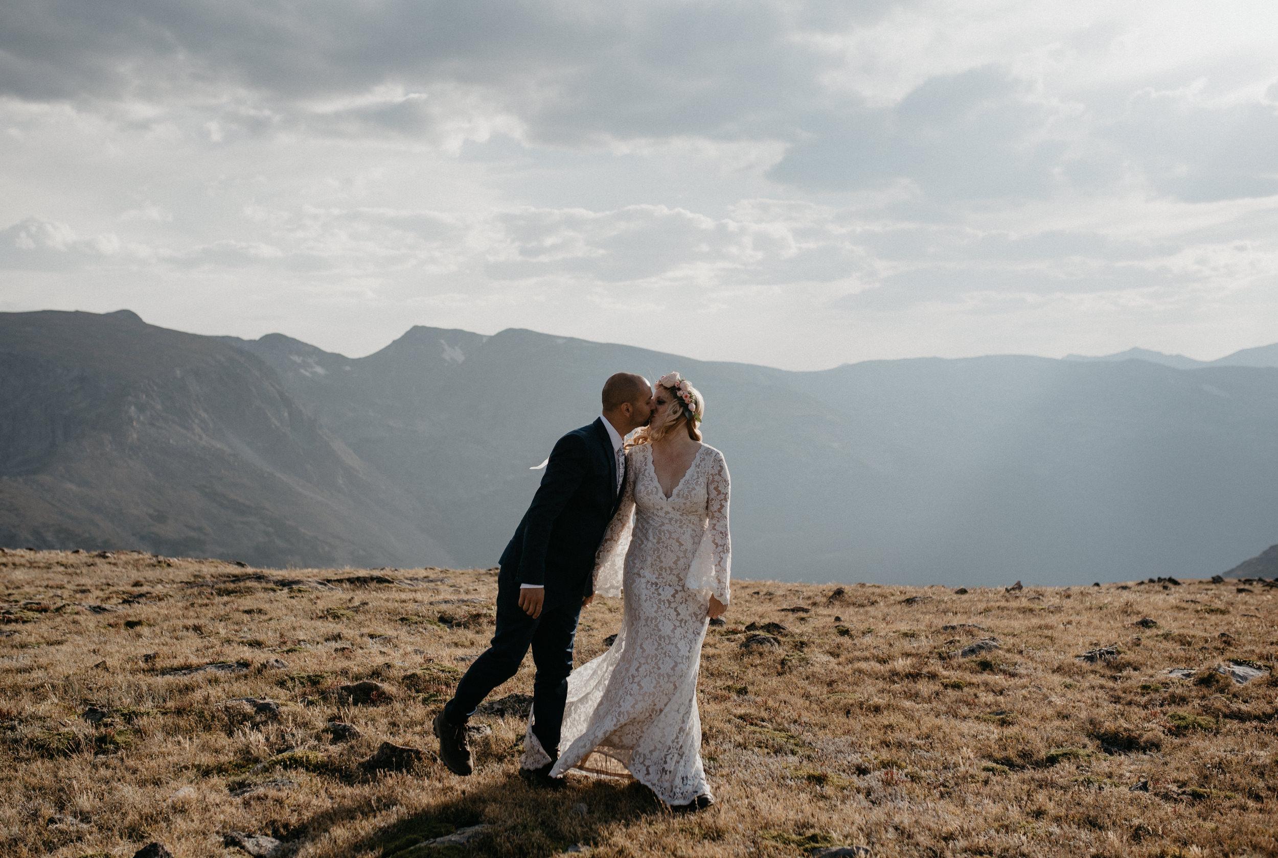 Mountain elopement photographer based in Colorado.