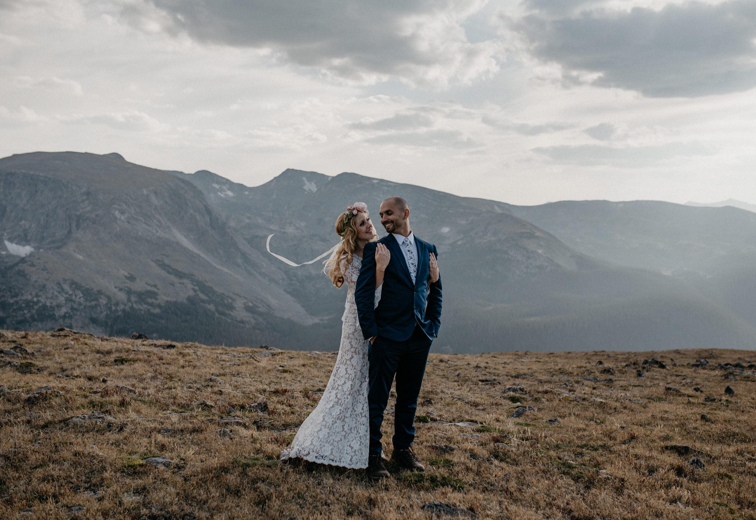 Trail Ridge Road adventure elopement. Colorado elopement and wedding photographer.