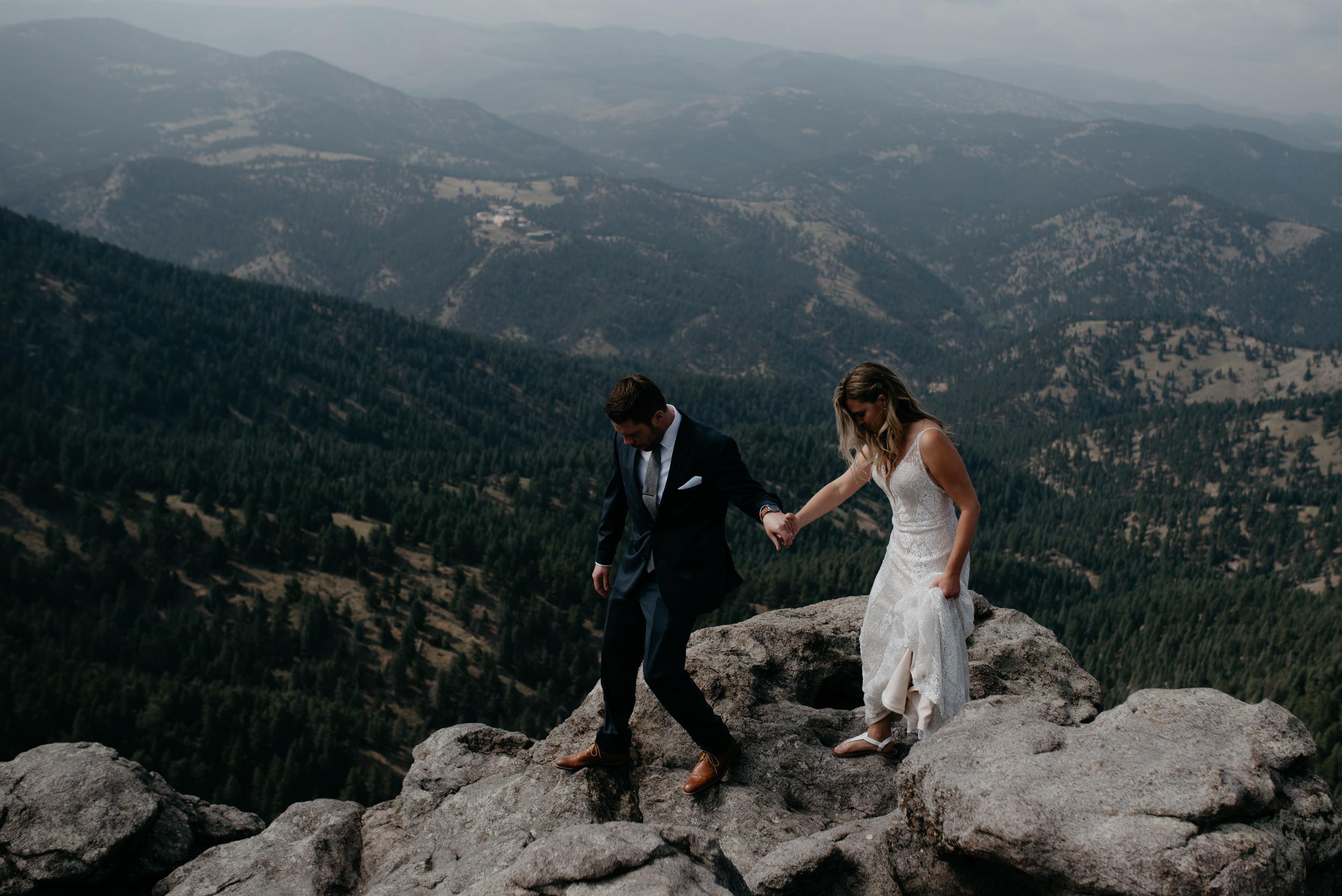 Colorado mountain elopement photos. Colorado based wedding and elopement photographer.