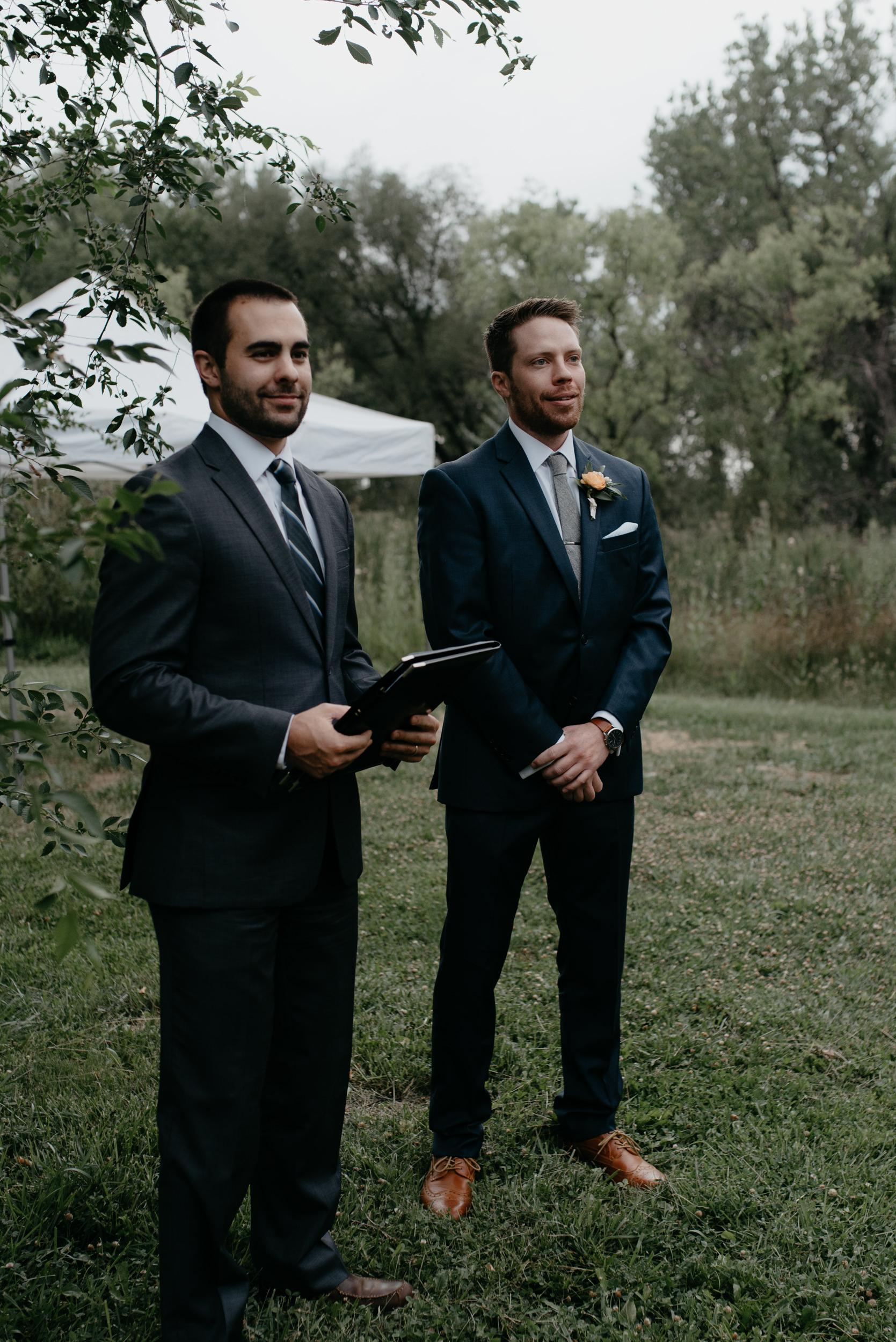 Three Leaf Farm wedding ceremony in Boulder, Colorado. Boulder wedding and elopement photographer.