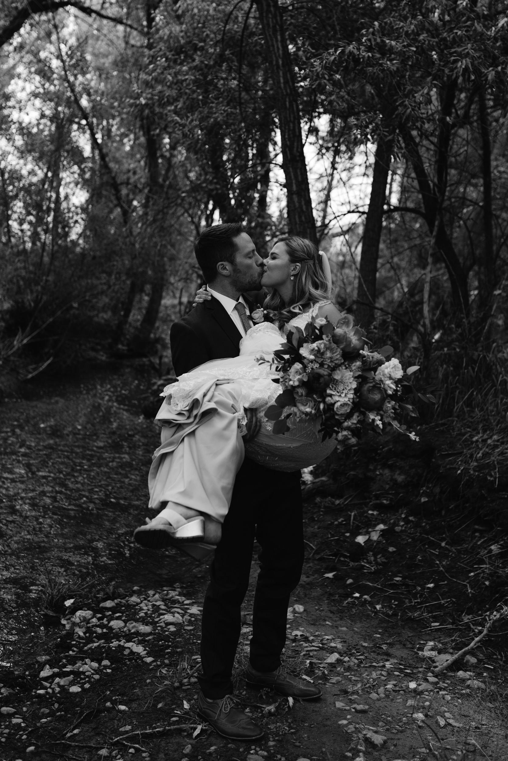 Boulder wedding and elopement photographer. Colorado wedding venue, Three Leaf Farm.