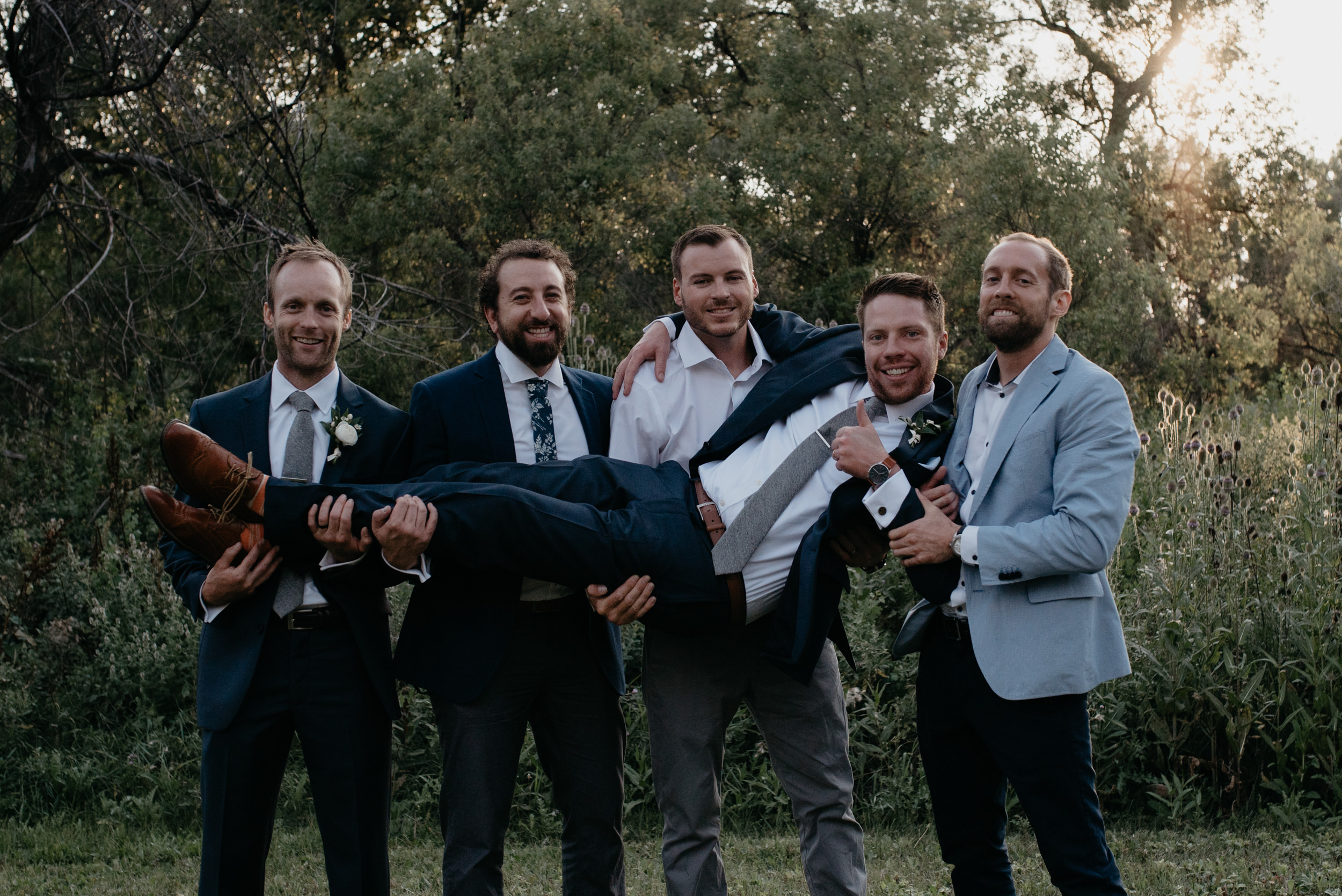 Breckenridge, Colorado wedding photographer. Colorado mountain wedding venue. Colorado elopement and wedding photography.