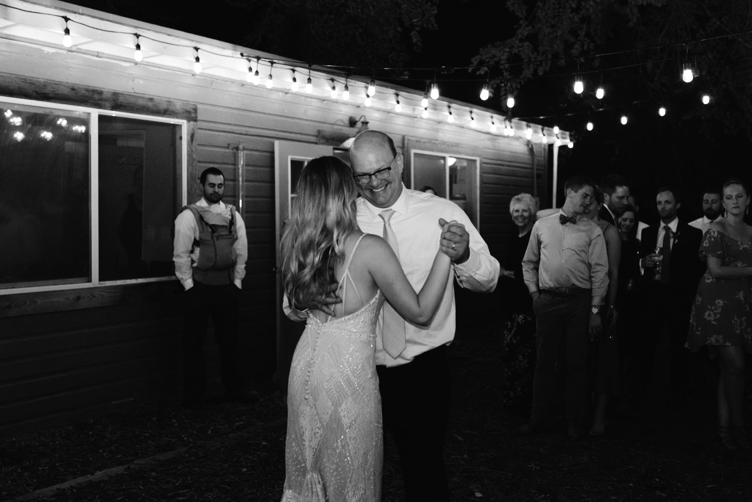 Colorado boho wedding and elopement photographer. Breckenridge, Vail, and Aspen elopement and wedding photographer for adventurous couples.
