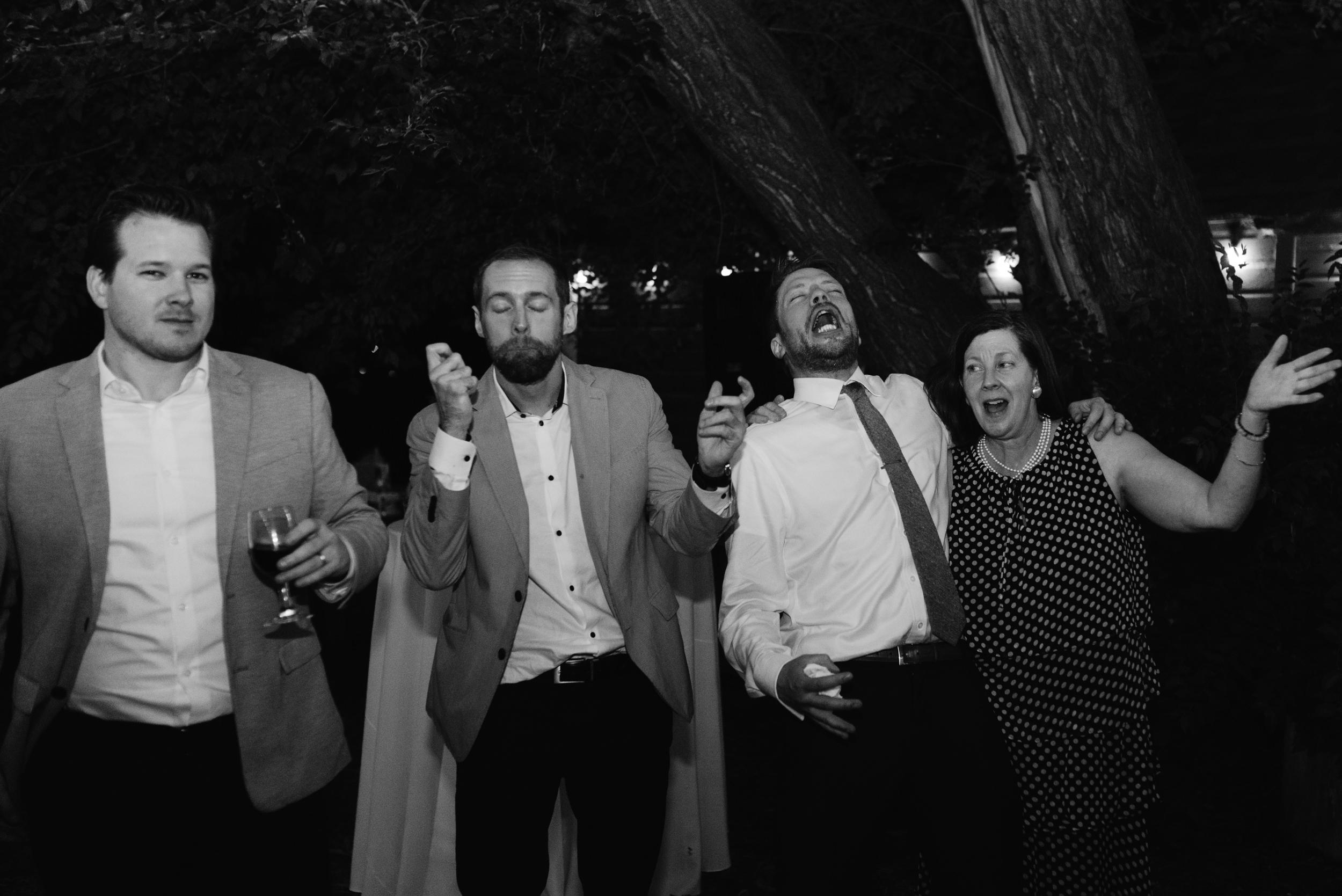 Three Leaf Farm wedding in Boulder, Colorado. Denver based elopement and wedding photographer.