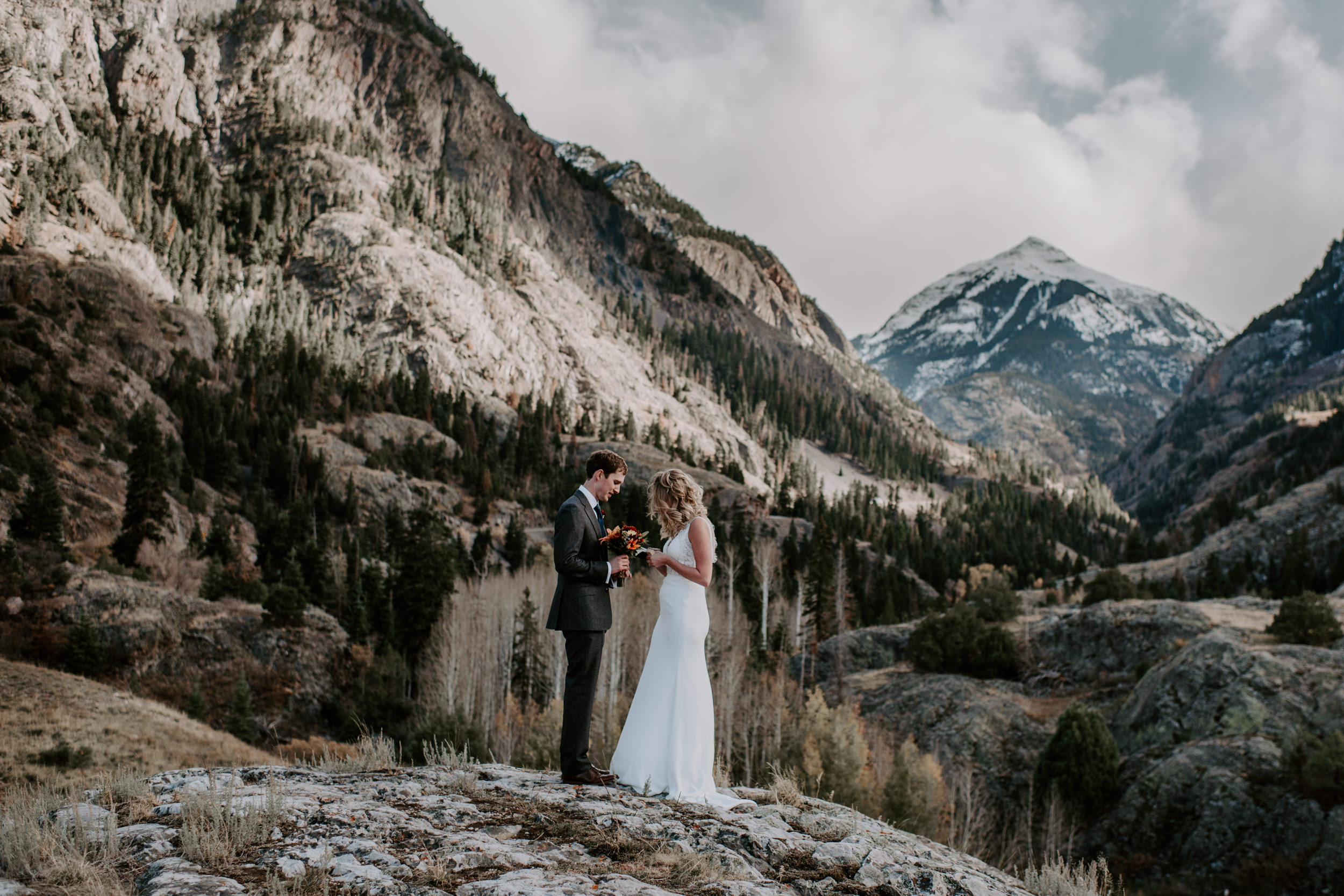 Wedding ceremony, Ouray elopement. Colorado wedding photographer.
