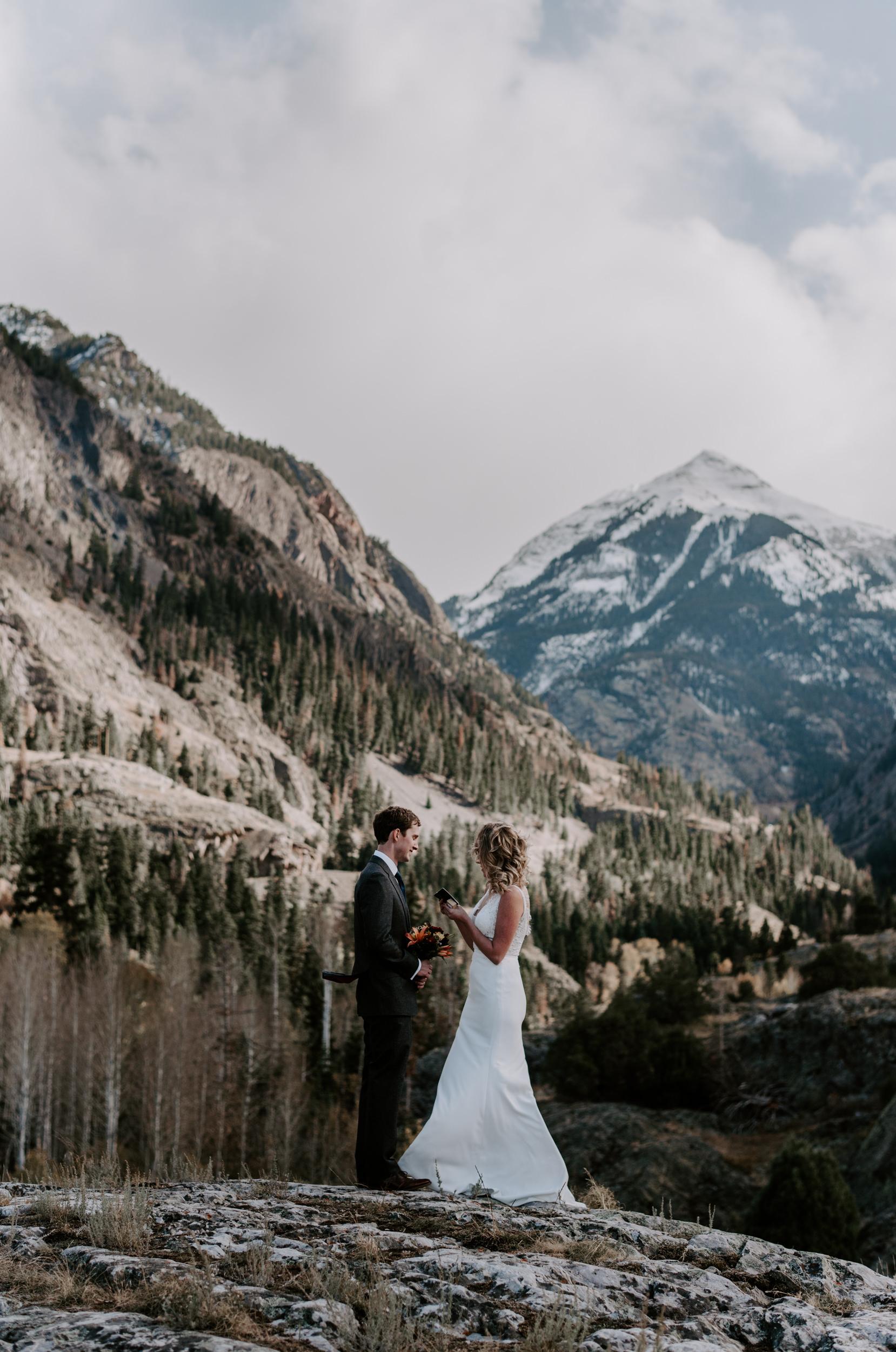 Wedding ceremony. Ouray, Colorado intimate wedding. Ouray wedding photographer. Telluride, Colorado elopement.