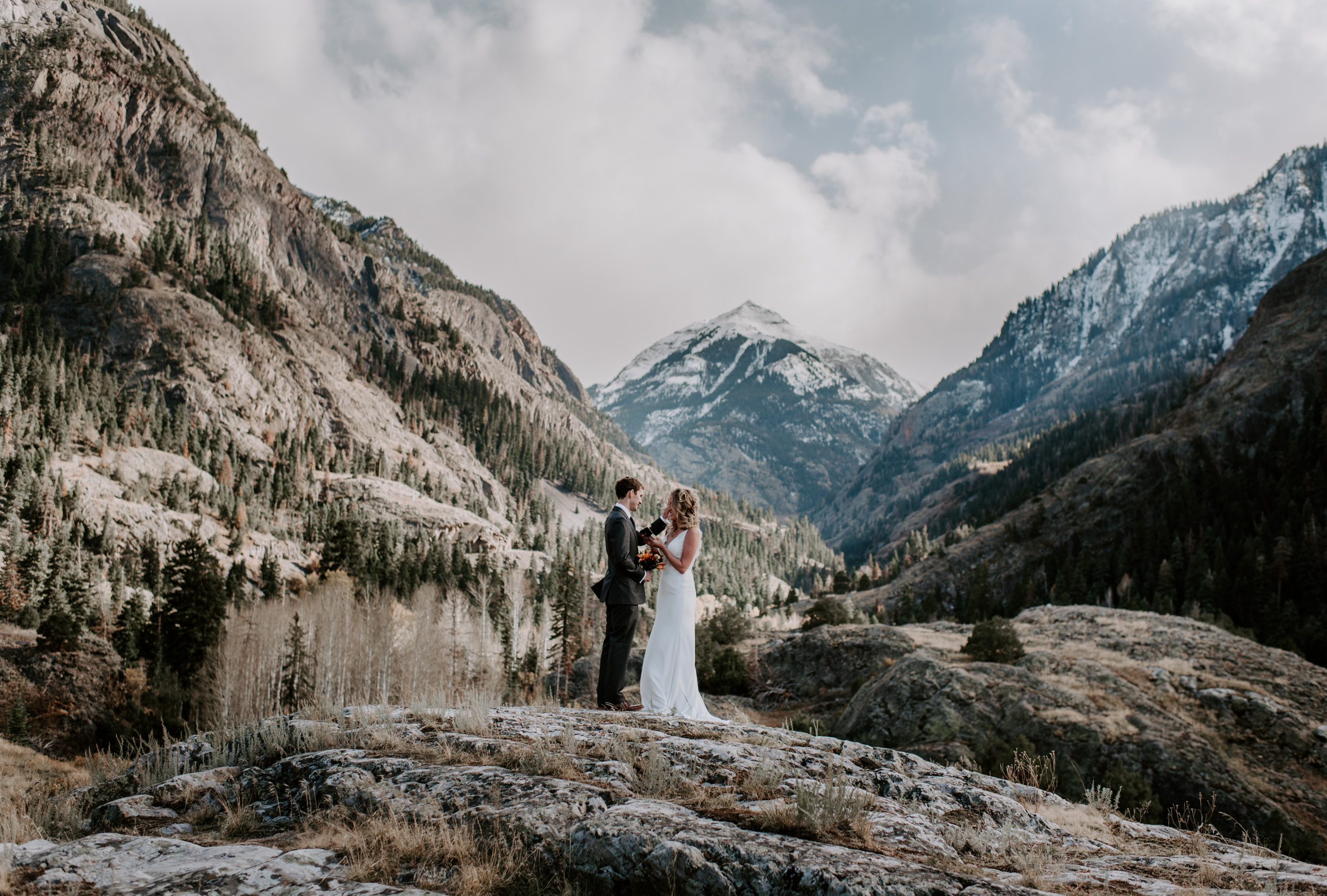 Ouray, Colorado adventure elopement. Wedding ceremony in the mountains. Telluride wedding.