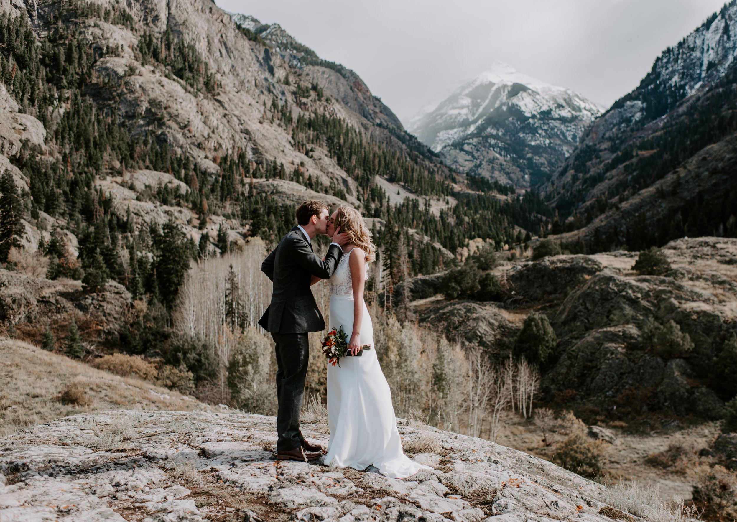 Ouray, Colorado elopement first kiss. Ouray wedding photography.