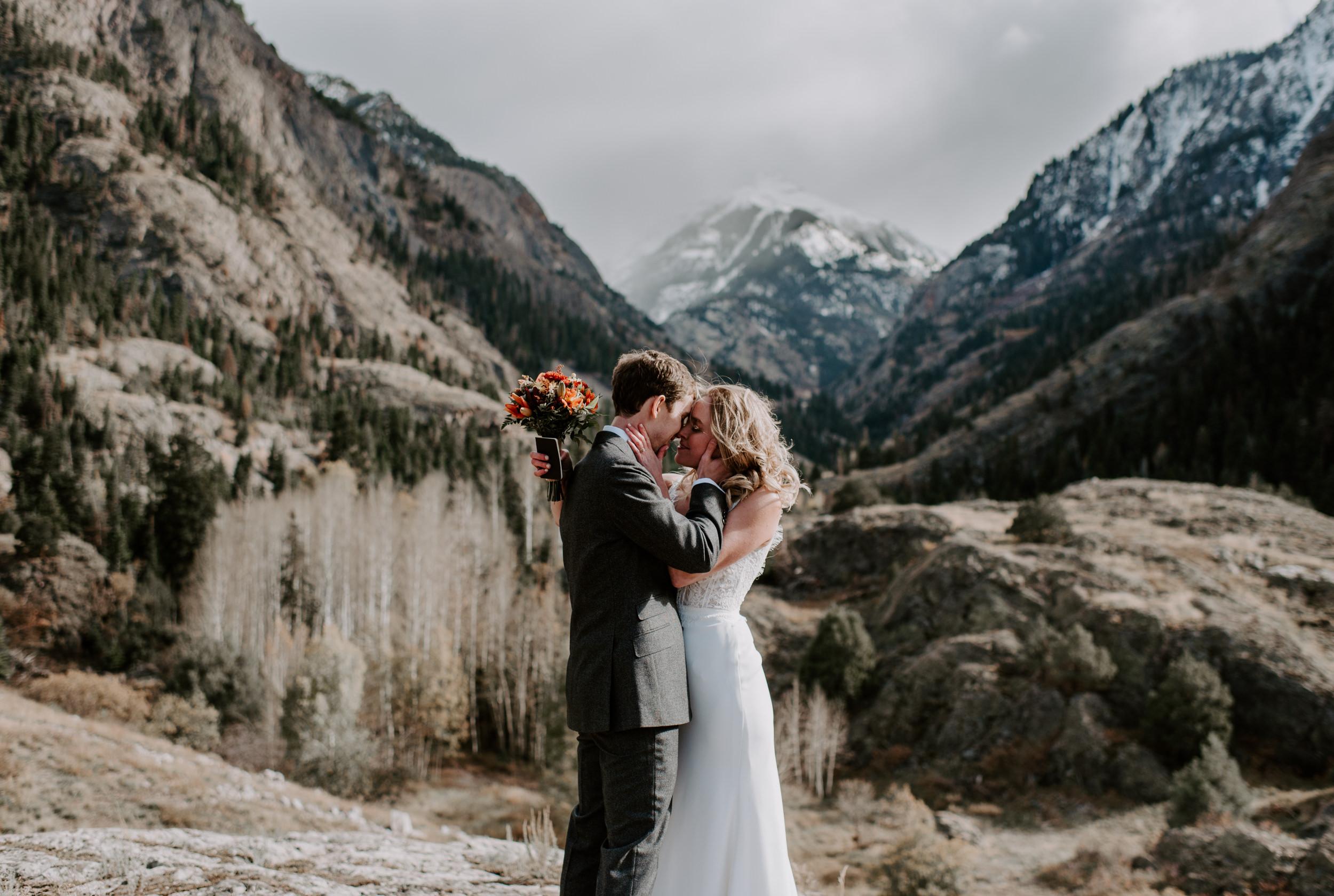 Ouray, Colorado wedding photographer. Colorado adventure elopement. Ouray, Colorado mountain elopement on Million Dollar Highway.