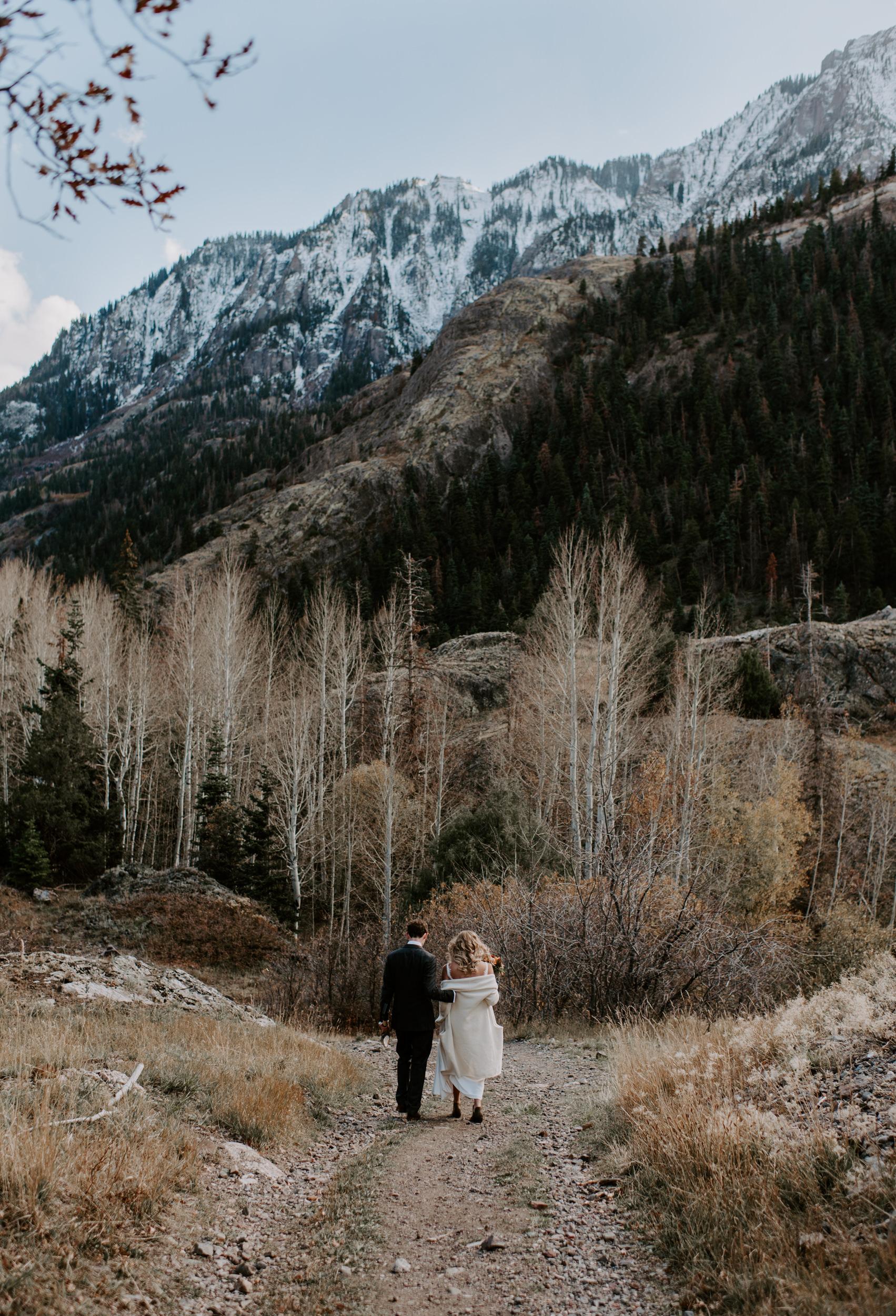 Telluride mountain elopement in the San Juan mountains. Million Dollar Highway elopement photos. Colorado wedding photographer.