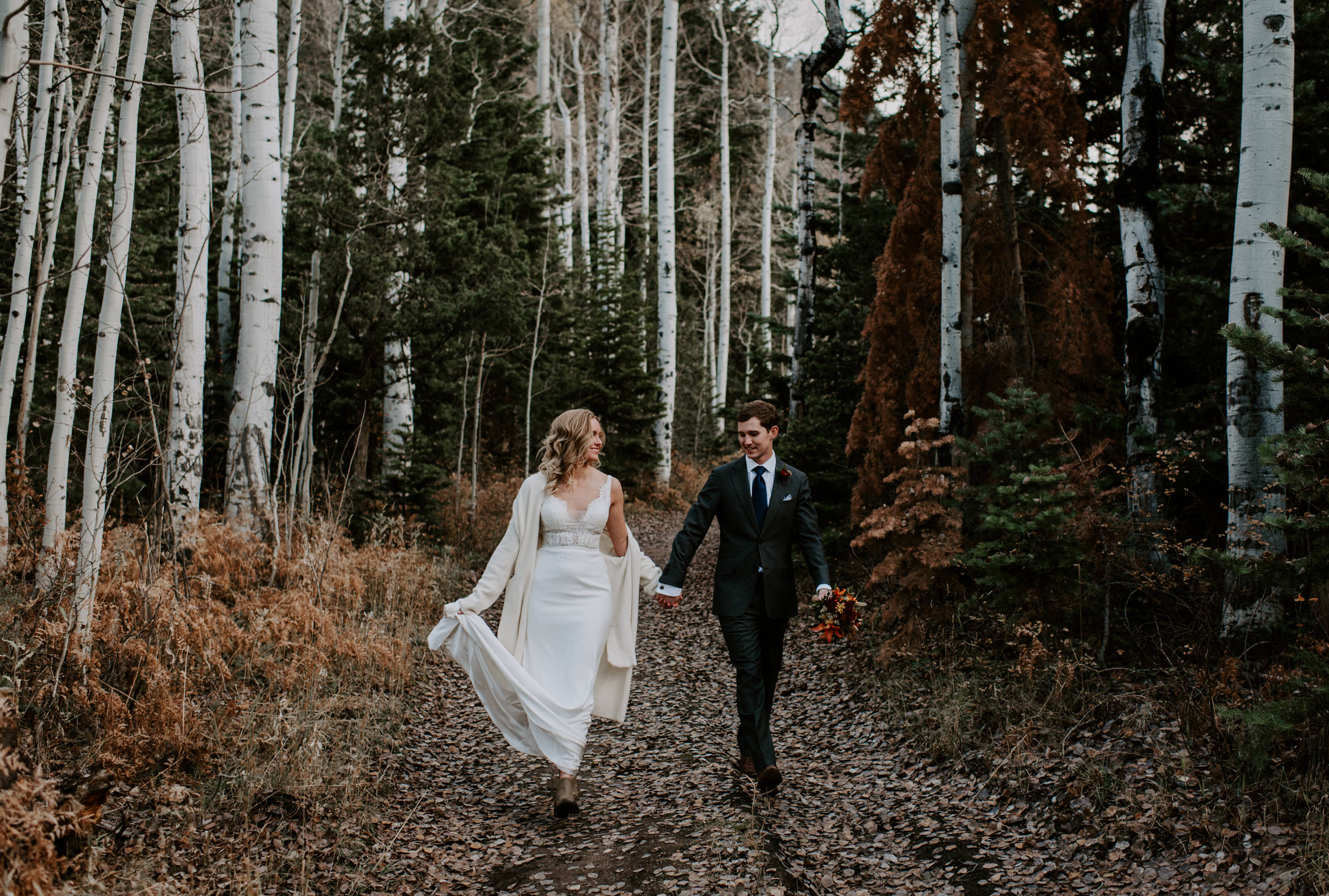 Adventure mountain elopement photos in Ouray, Colorado in the fall. Alyssa Reinhold is a Ouray wedding and elopement photographer based in Colorado.