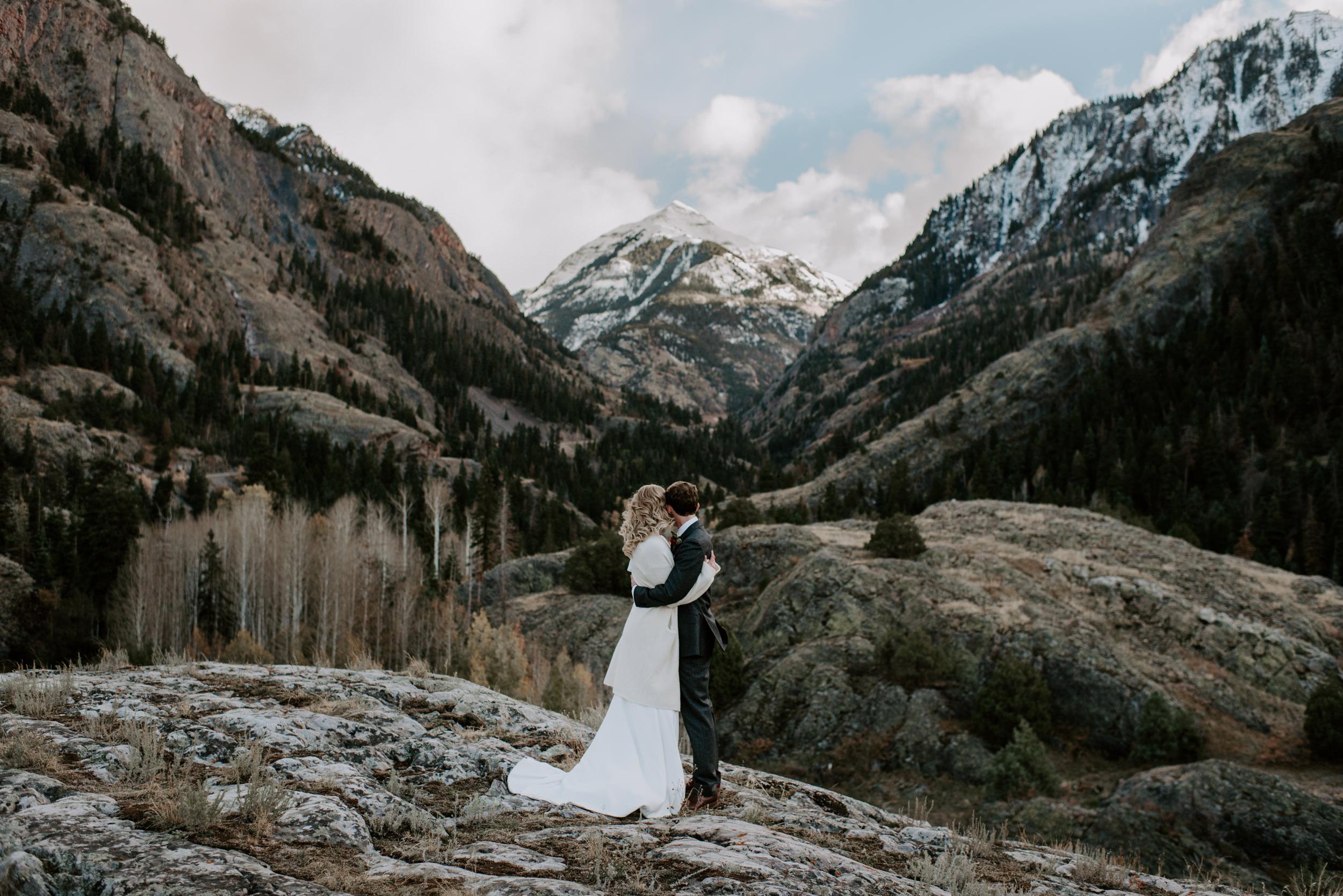 Elopement in Ouray, Colorado. Mountain elopement in Colorado.