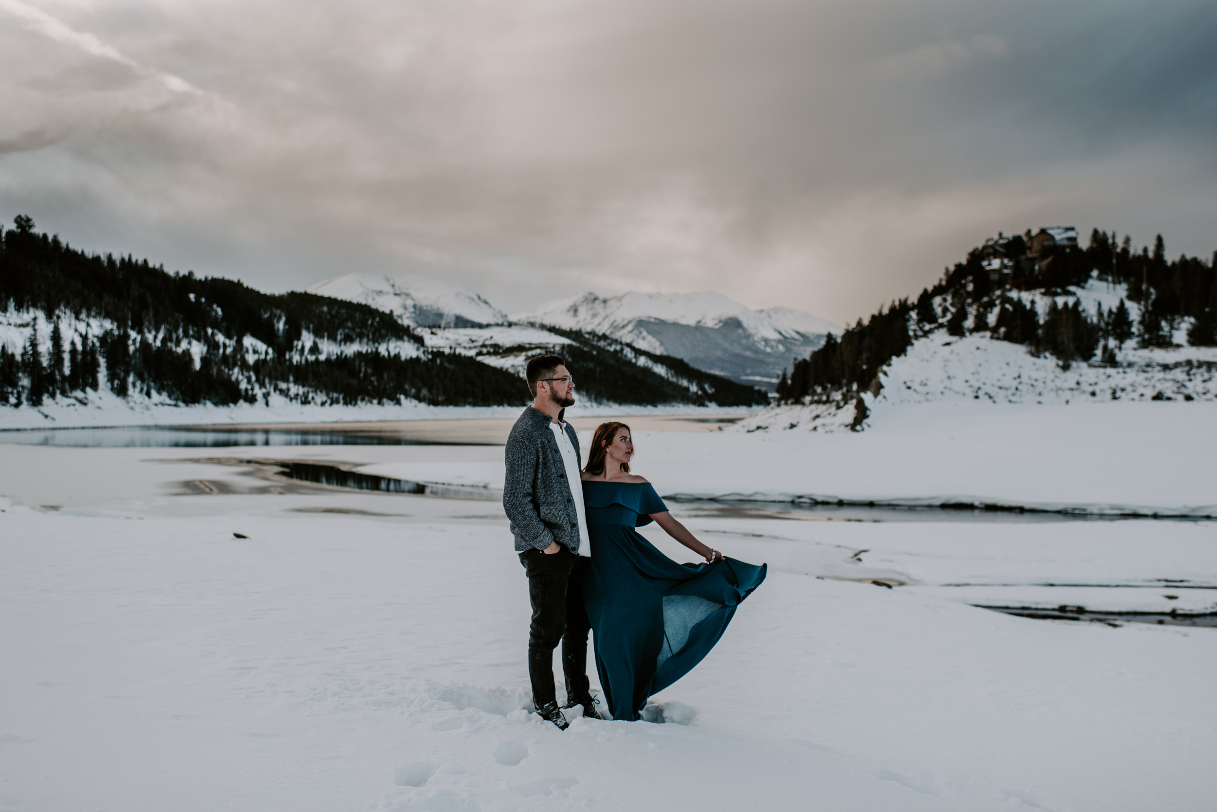 Lake Dillon engagement session. Colorado winter engagement photos. Colorado wedding and elopement photographer.