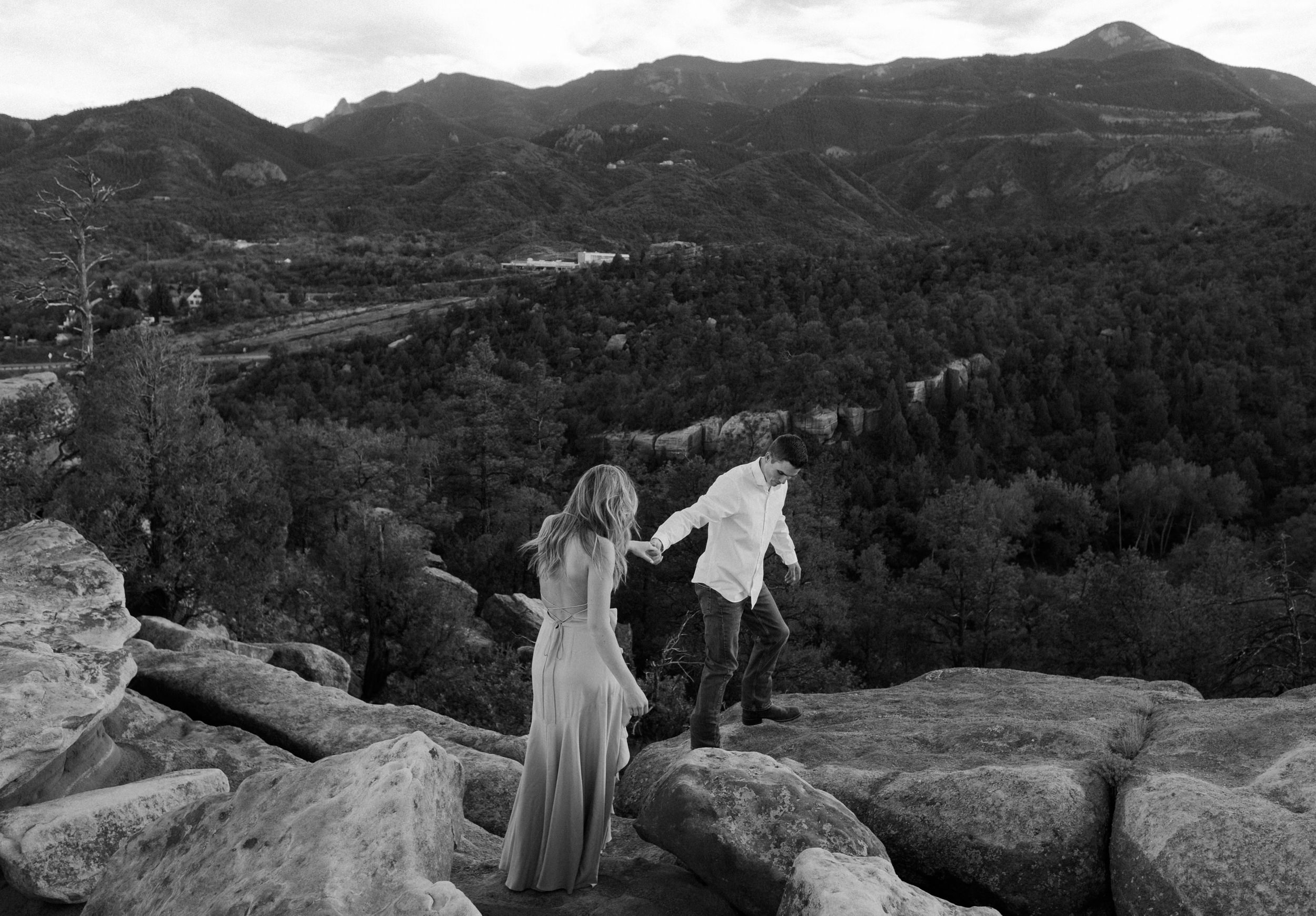 Engagement session in Colorado Springs at Garden of the Gods. Colorado based wedding and elopement photographer. Adventure engagement photos at Garden of the Gods.